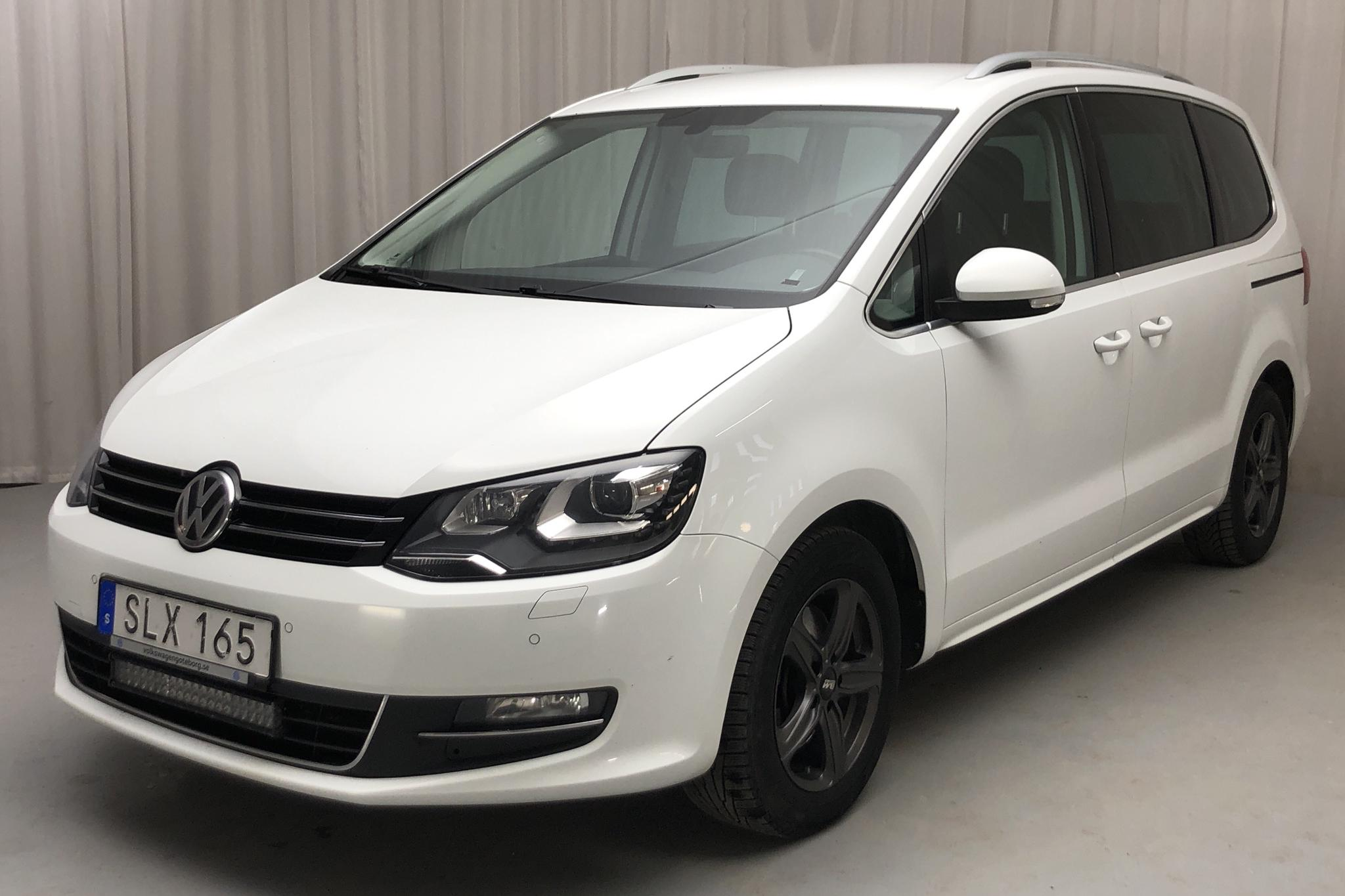 VW Sharan 2.0 TDI 4Motion (184hk) - 177 390 km - Automatic - white - 2018