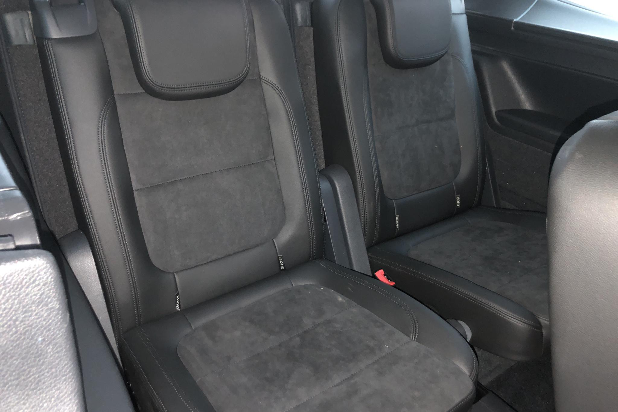 VW Sharan 2.0 TDI 4Motion (184hk) - 17 739 mil - Automat - vit - 2018