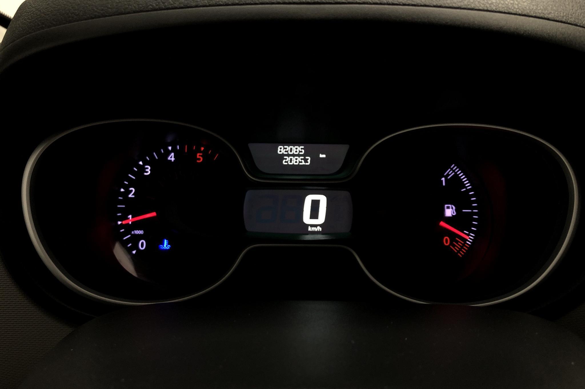 Nissan NV300 1.6 dCi (120hk) - 8 208 mil - Manuell - röd - 2017