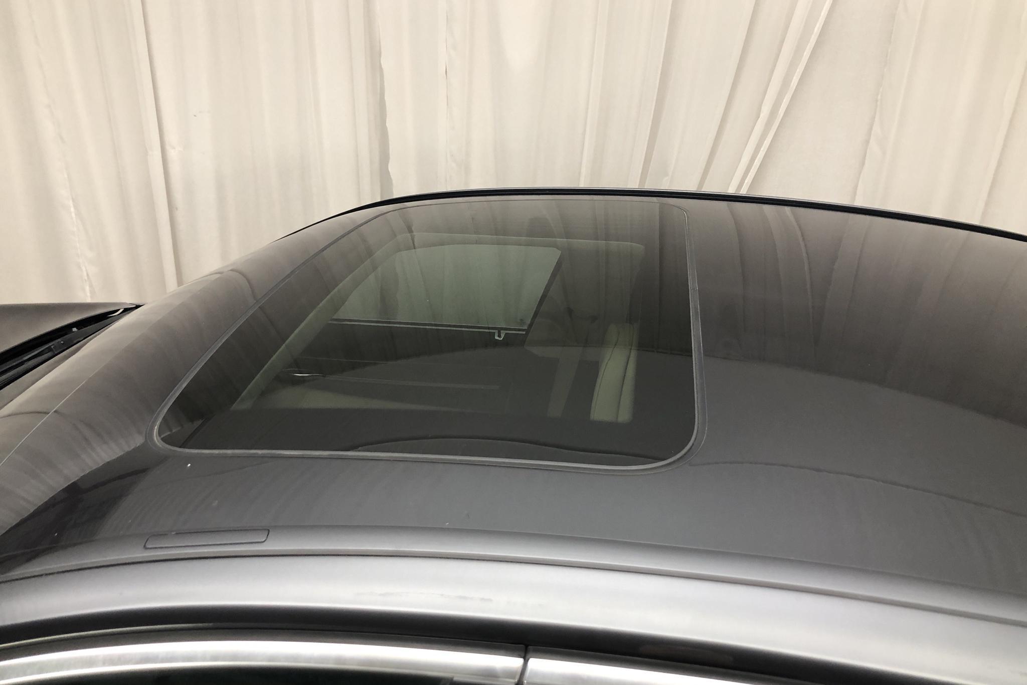 BMW 750i Sedan, F01 (407hk) - 17 397 mil - Automat - svart - 2009