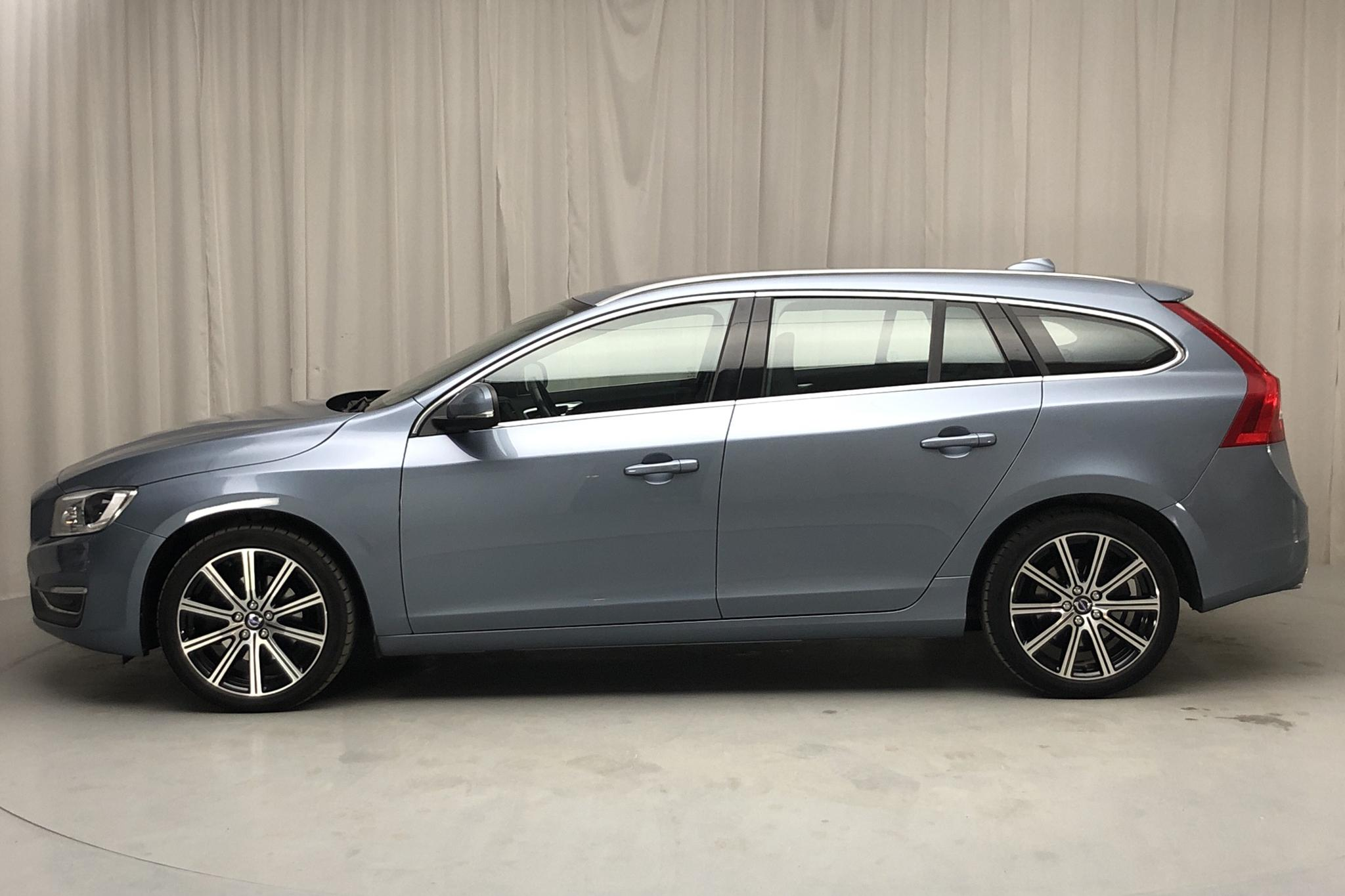 Volvo V60 D4 (190hk) - 39 910 km - Automatic - Light Blue - 2018