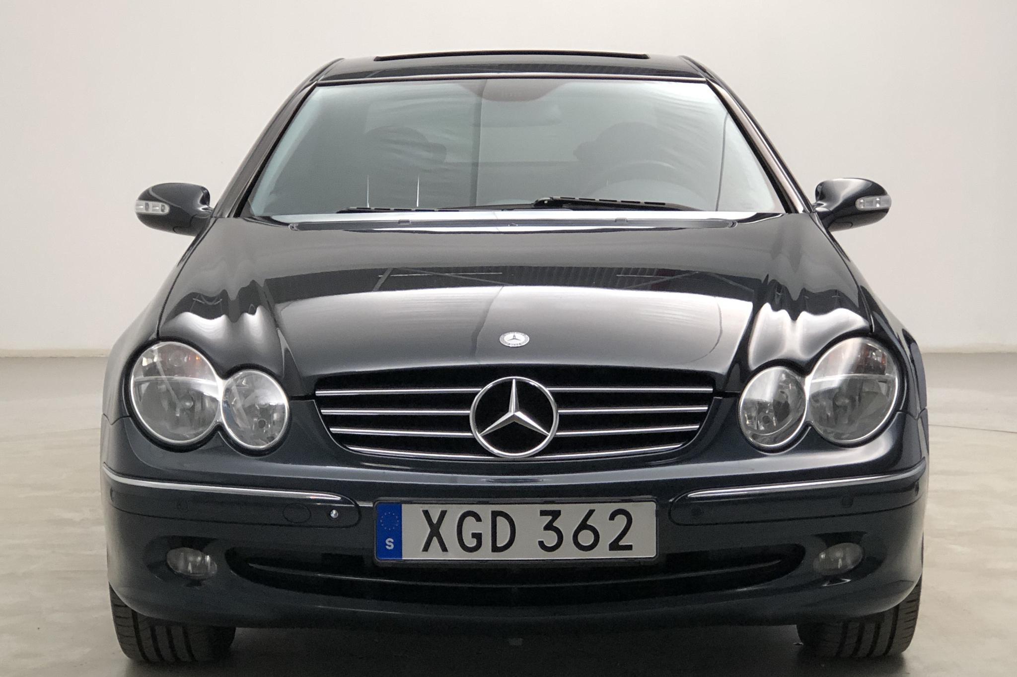 Mercedes CLK 500 C209 (306hk) - 14 392 mil - Automat - svart - 2003