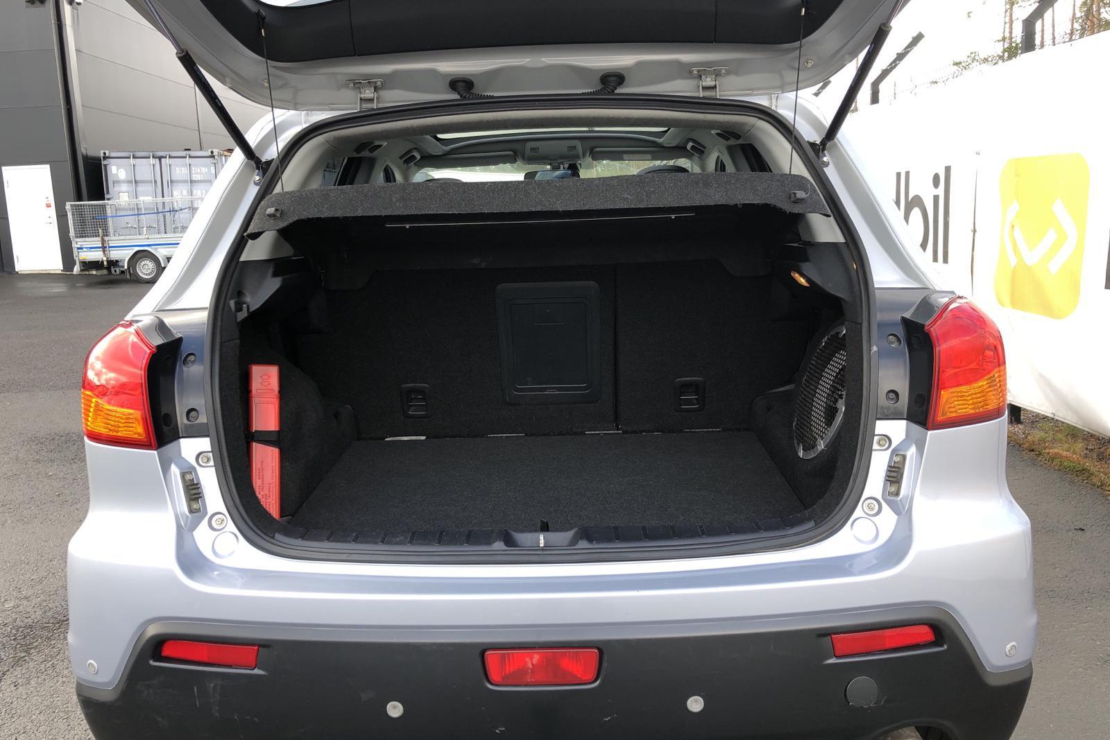 Mitsubishi ASX 1.8 D 4WD (150hk) - 174 690 km - Manual - silver - 2011