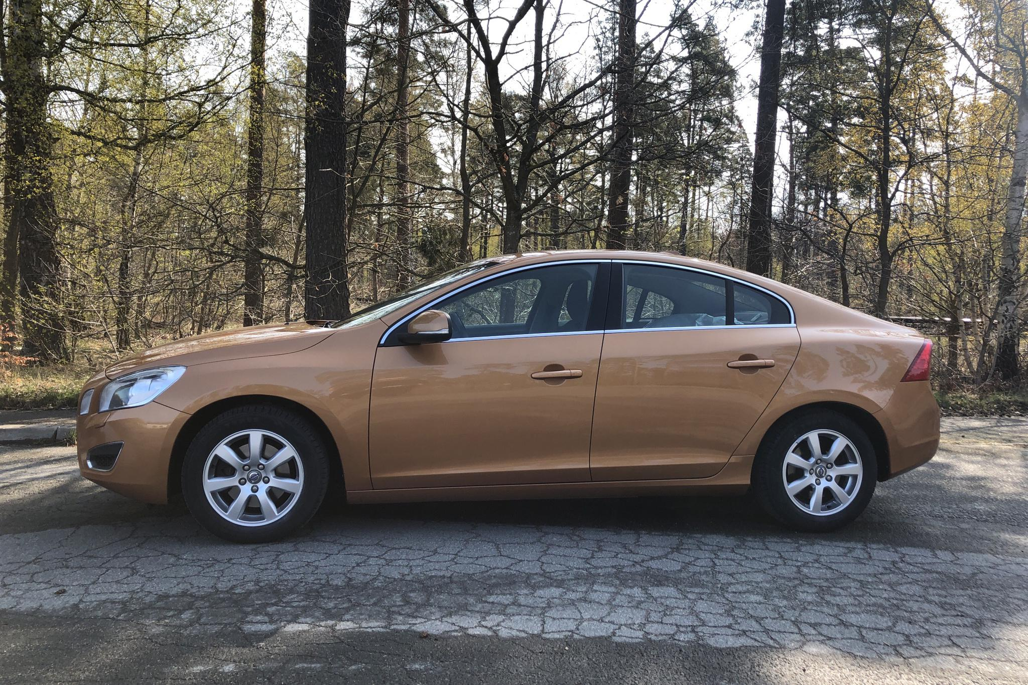 Volvo S60 D3 (163hk) - 152 250 km - Manual - brown - 2011