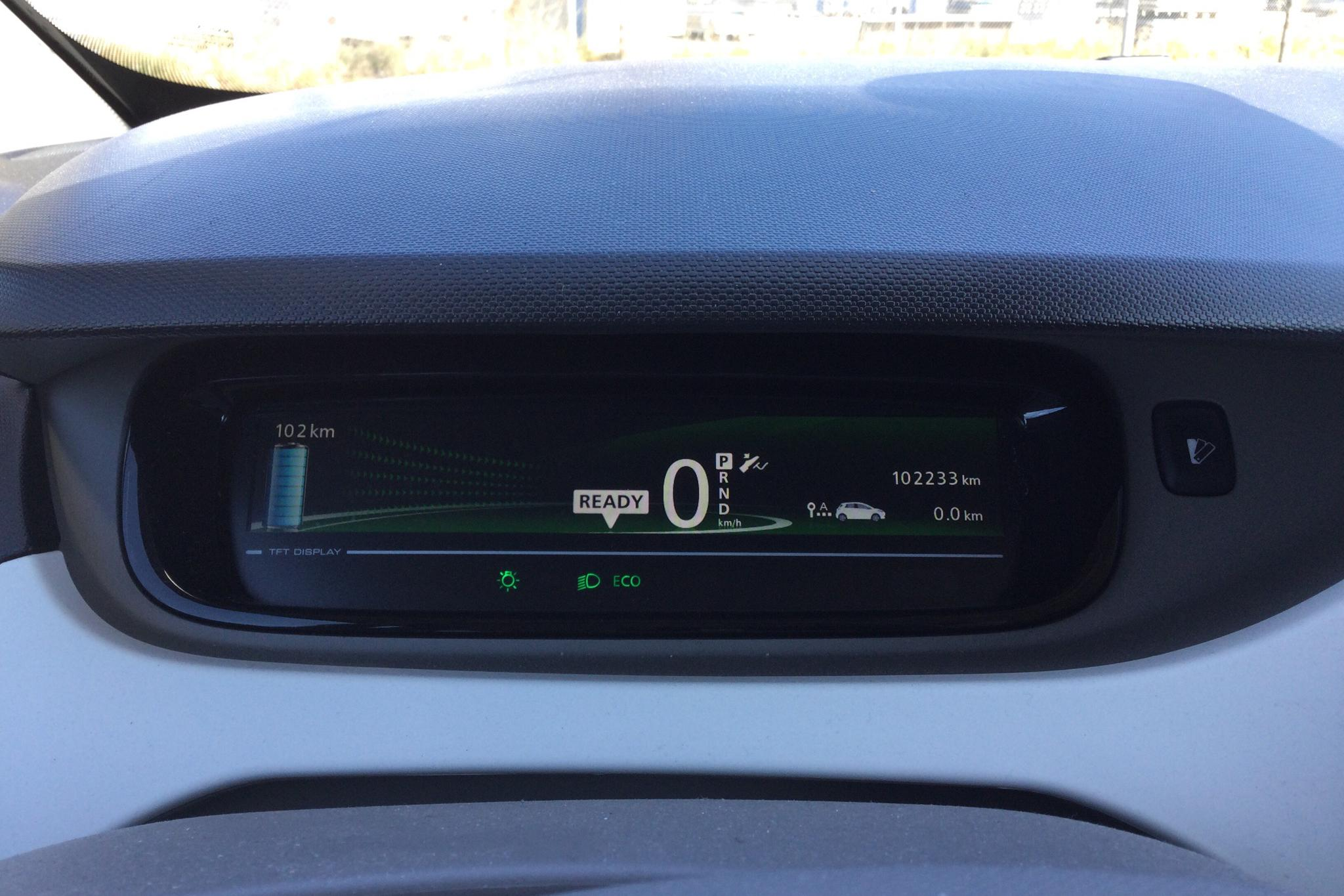 Renault Zoe 22 kWh (88hk) - 102 240 km - Automatic - white - 2017
