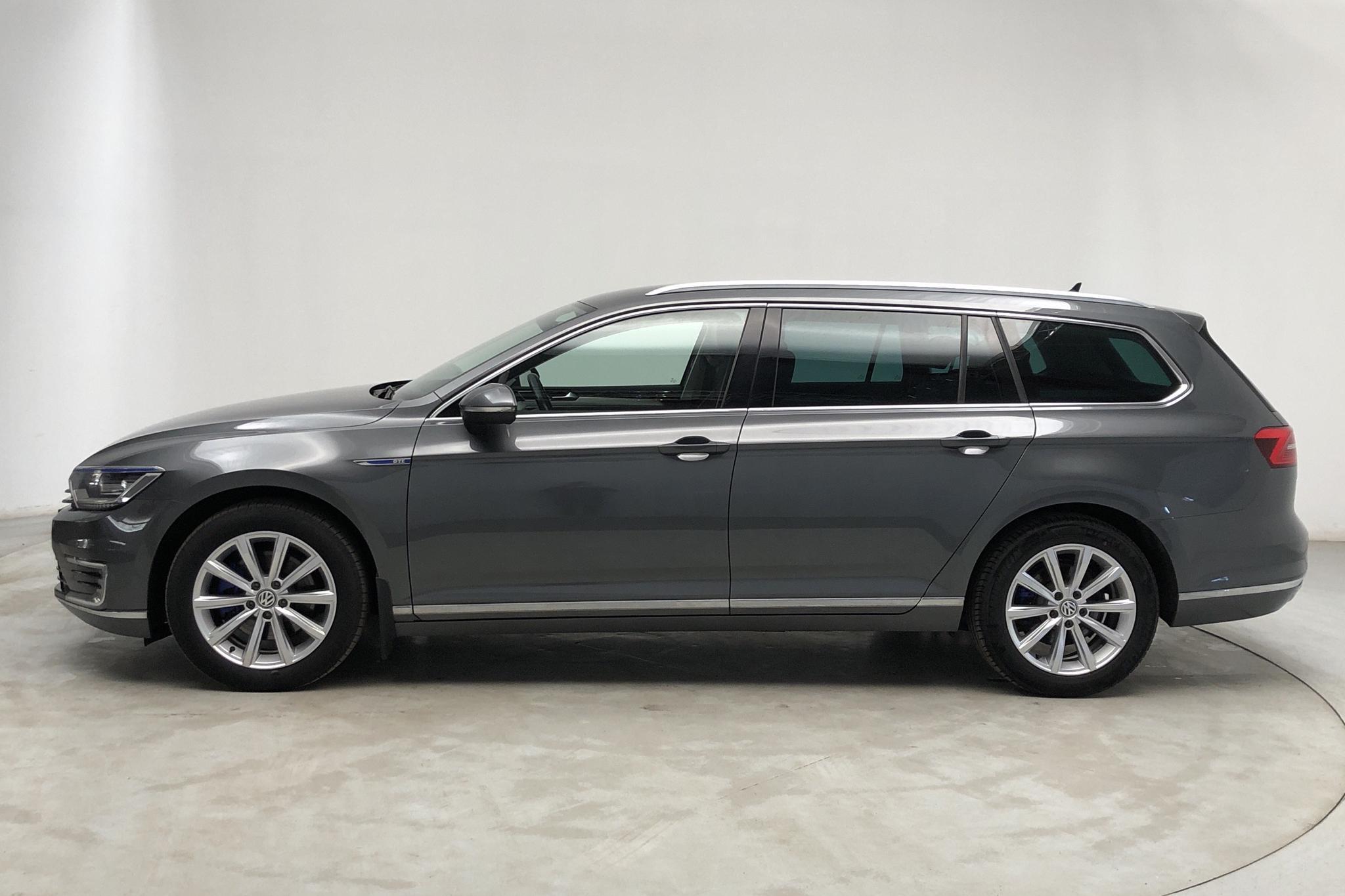 VW Passat 1.4 Plug-in-Hybrid Sportscombi (218hk) - 119 000 km - Automatic - Dark Grey - 2017