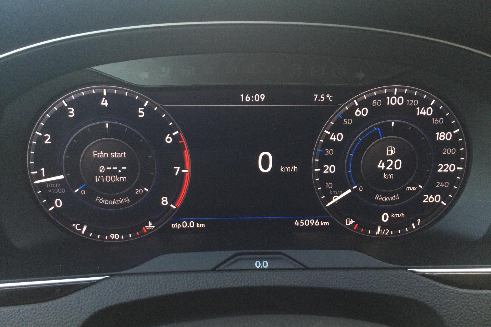 VW Passat 1.4 TSI Sportscombi (150hk) - 45 090 km - Manual - white - 2018