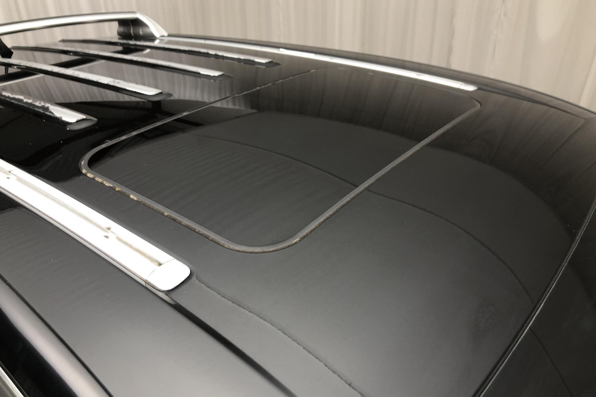 VW Touareg 4.2 V8 (310hk) - 166 220 km - Automatic - black - 2006