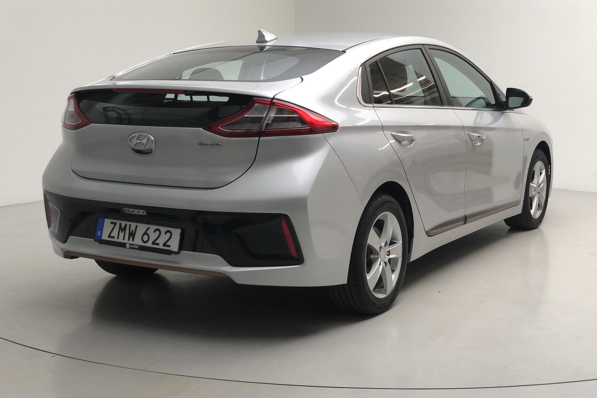 Hyundai IONIQ Electric (120hk) - 96 430 km - Automatic - gray - 2019
