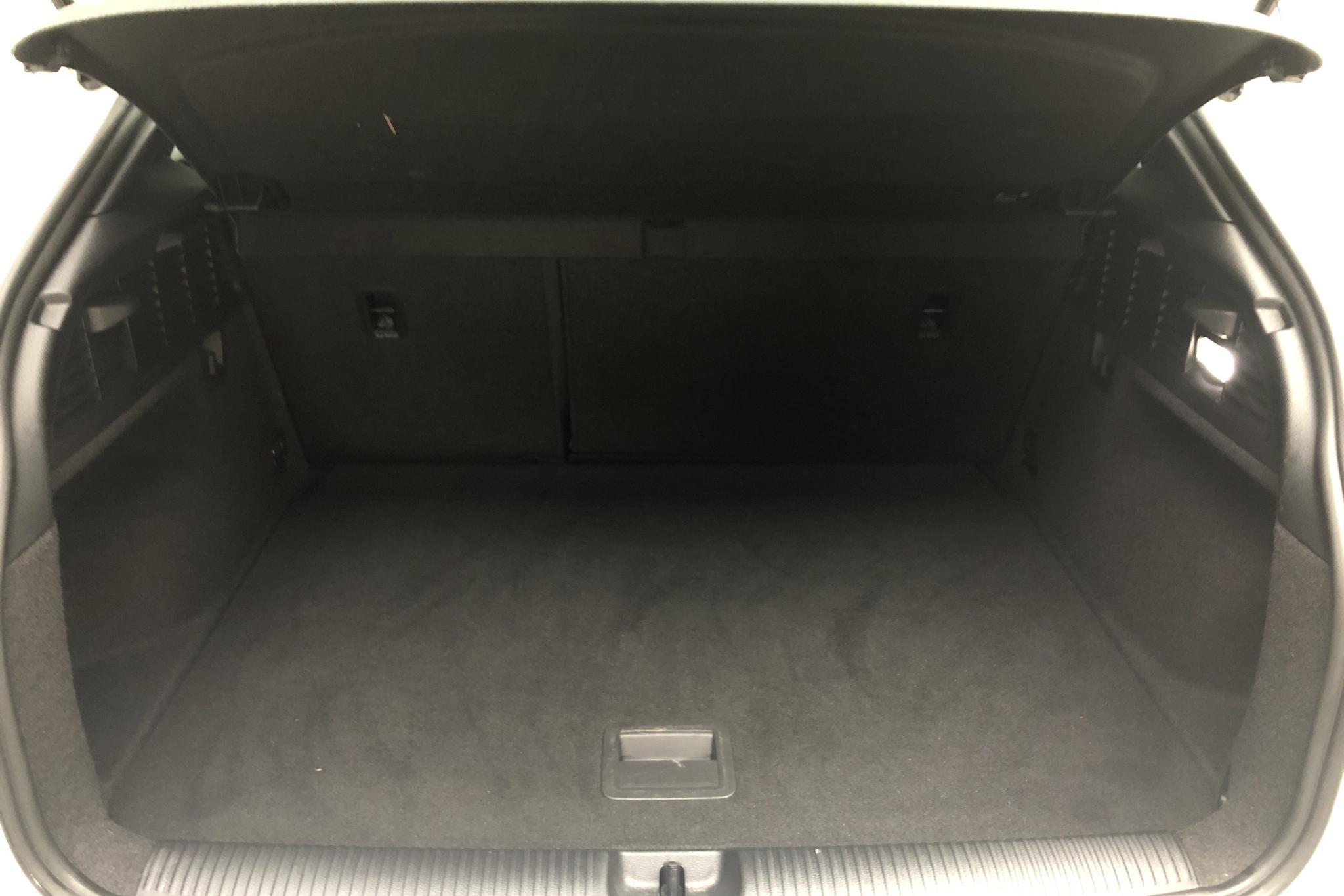 Audi Q2 2.0 TDI quattro (150hk) - 5 511 mil - Automat - vit - 2018