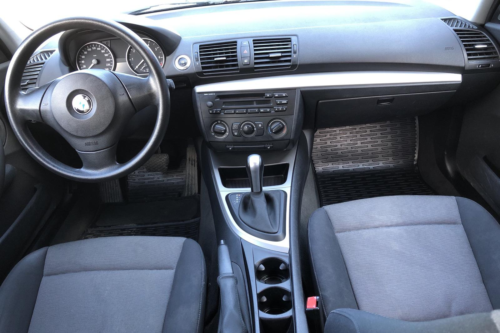 BMW 120i 5dr, E87 (150hk) - 118 530 km - Automatic - black - 2006