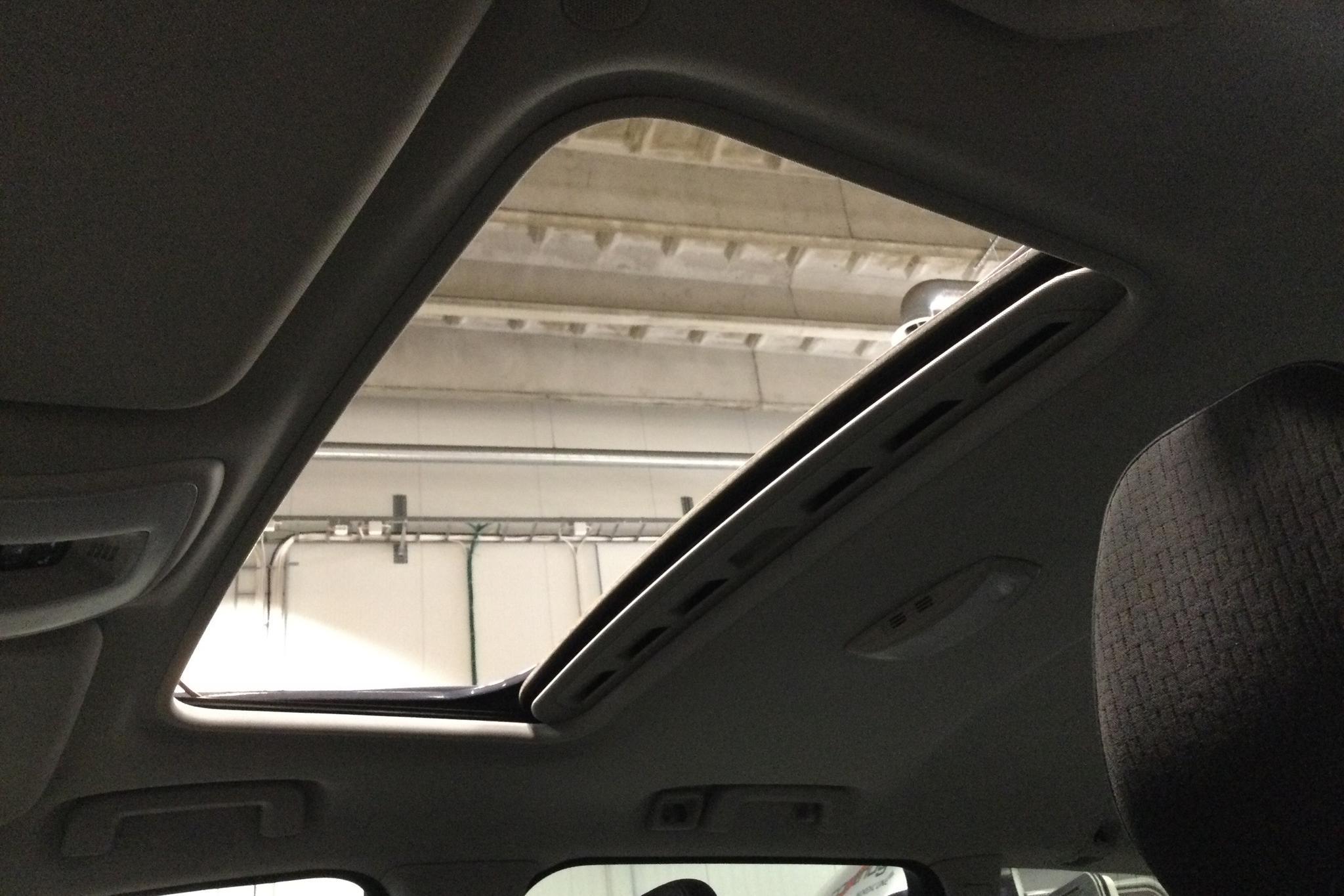 Volvo V70 II D4 (181hk) - 157 960 km - Manual - blue - 2015