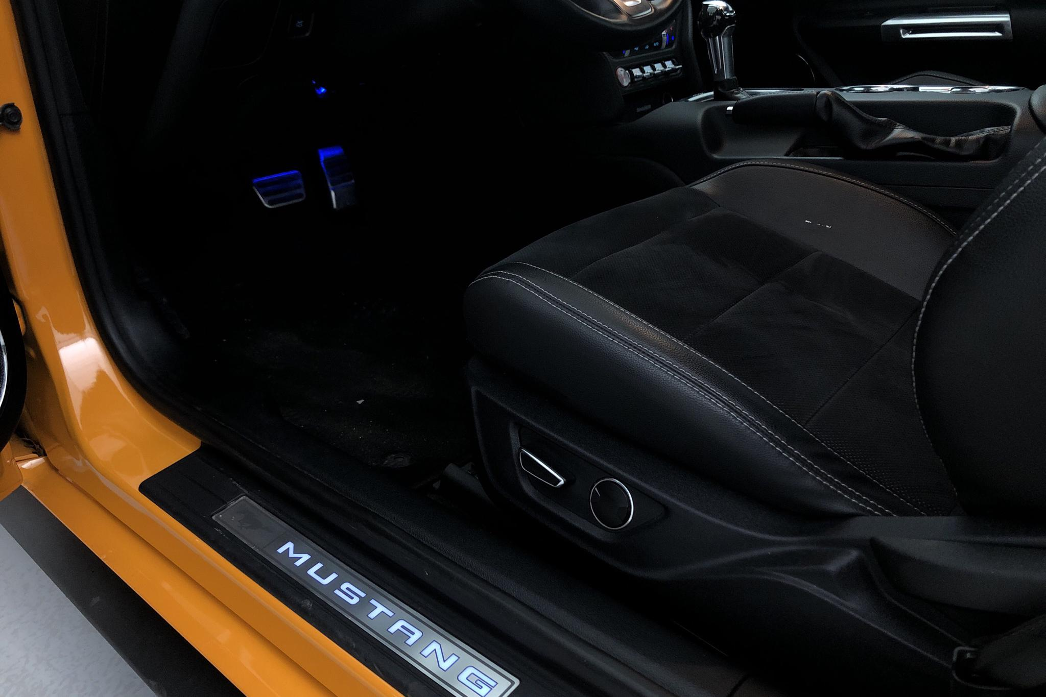 Ford Mustang GT V8 Fastback (450hk) - 898 mil - Automat - orange - 2018