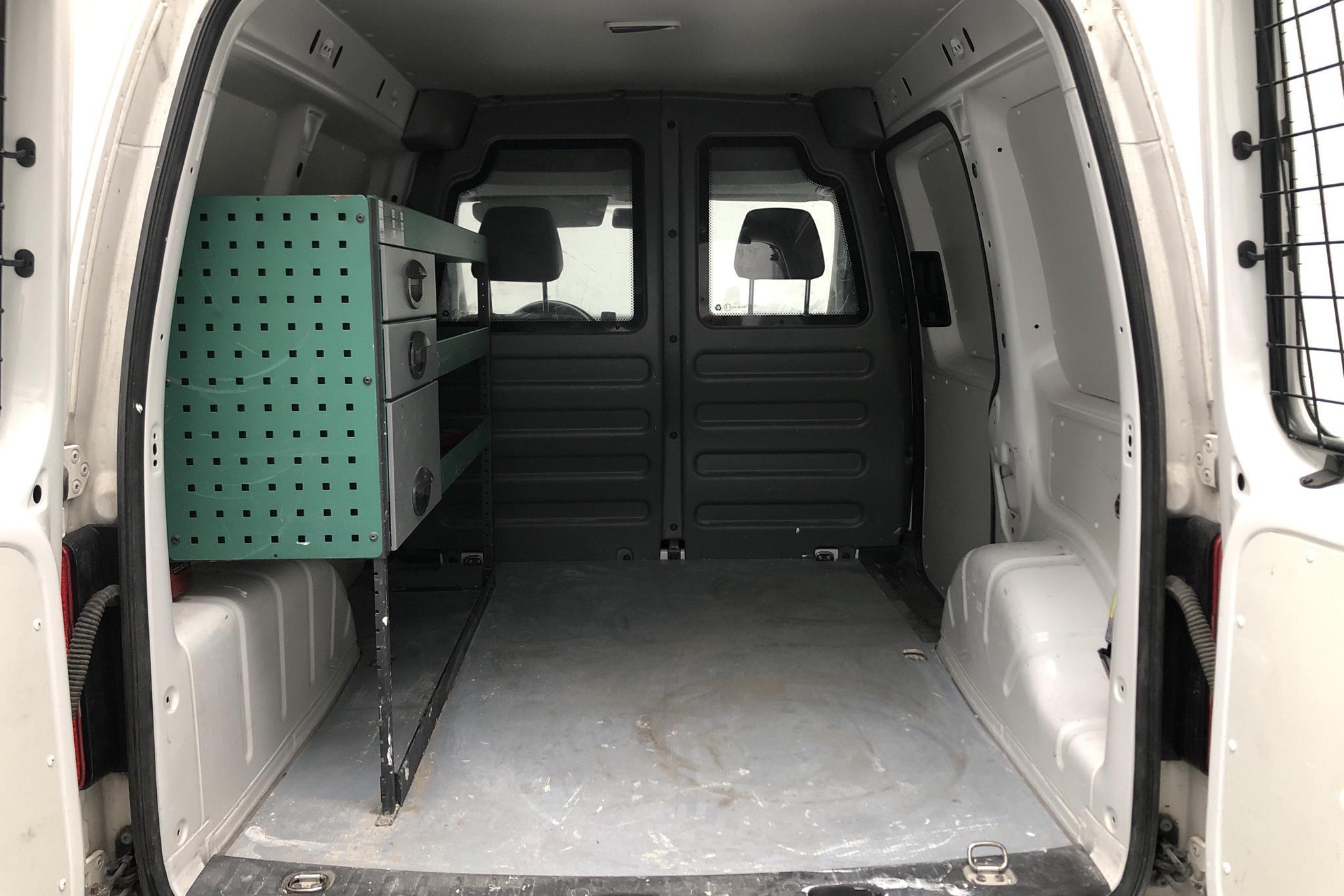 VW Caddy 1.6 TDI Skåp (102hk) - 97 930 km - Automatic - white - 2014