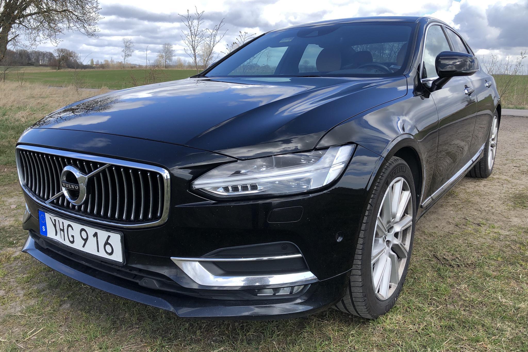 Volvo S90 D5 AWD (235hk) - 16 569 mil - Automat - svart - 2017