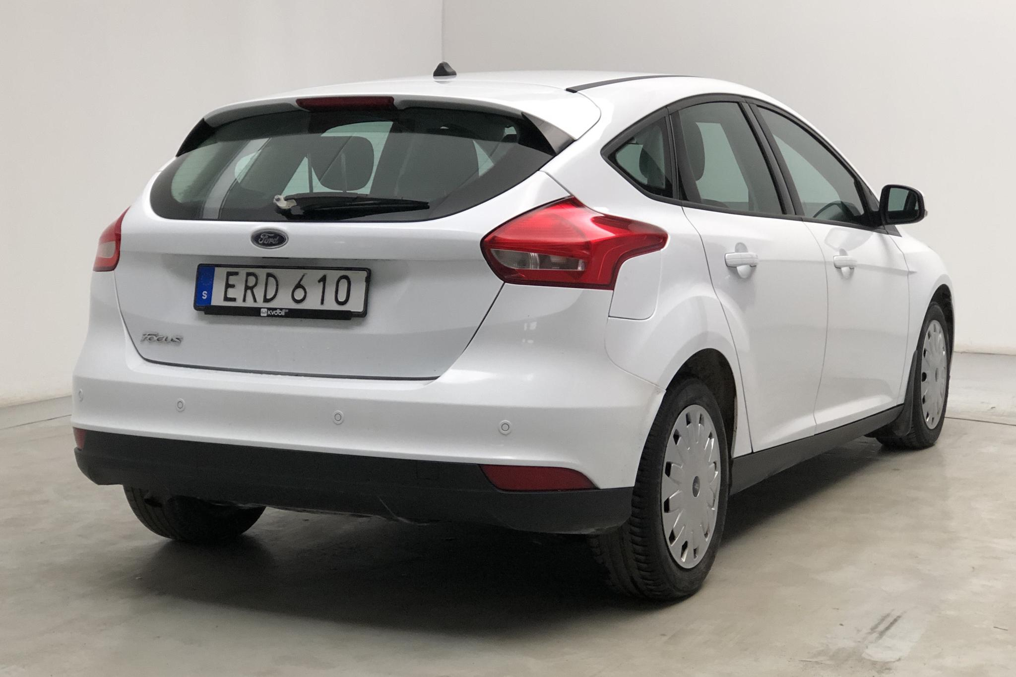 Ford Focus 1.5 TDCi ECOnetic 5dr (105hk) - 17 897 mil - Manuell - vit - 2017