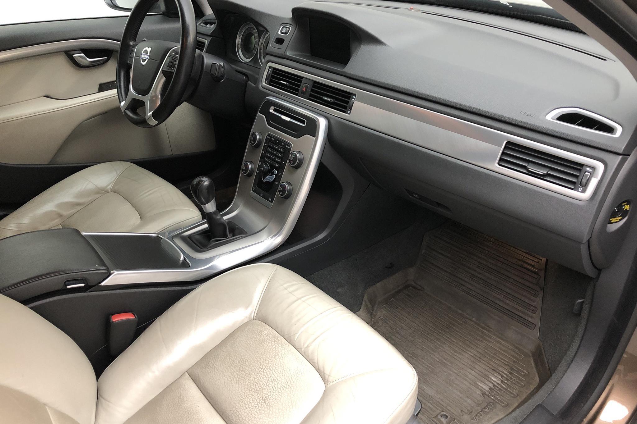 Volvo S80 D4 (163hk) - 196 810 km - Manual - brown - 2013