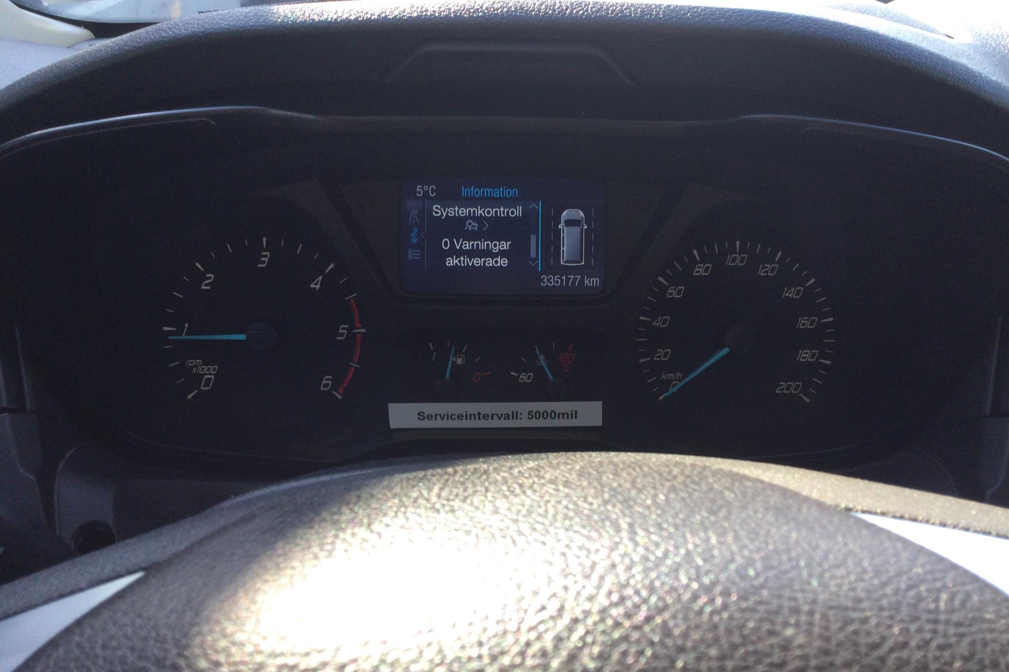 Ford Transit Kombi 310 2.2 TDCi (125hk) - 335 170 km - Manual - white - 2015