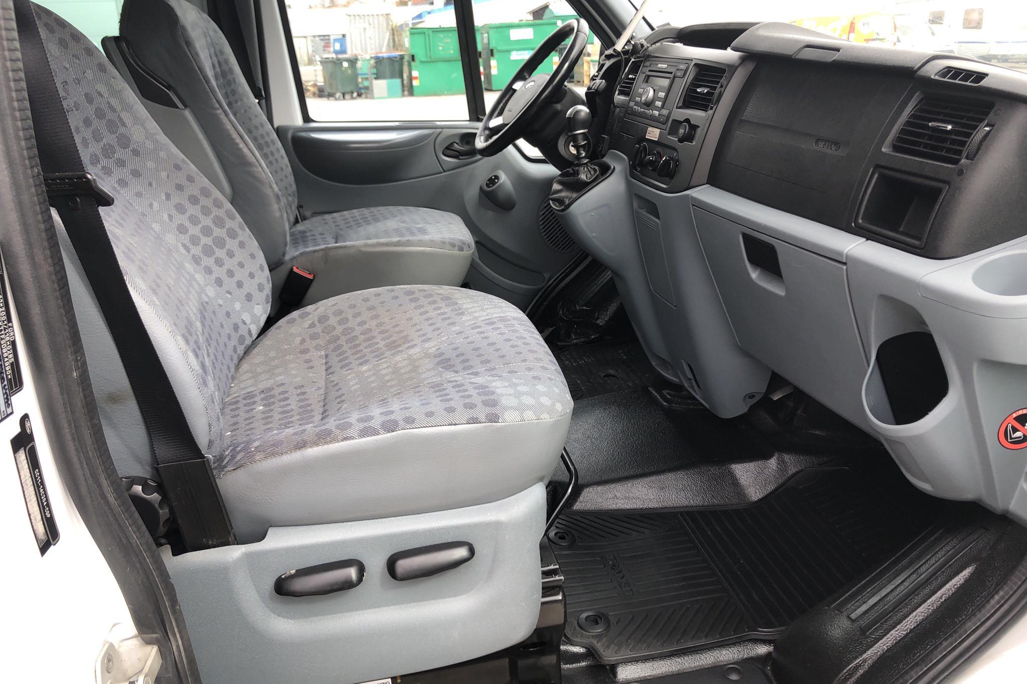 Ford Transit 300 2.2 TDCi Skåp (125hk) - 335 410 km - Manual - white - 2013