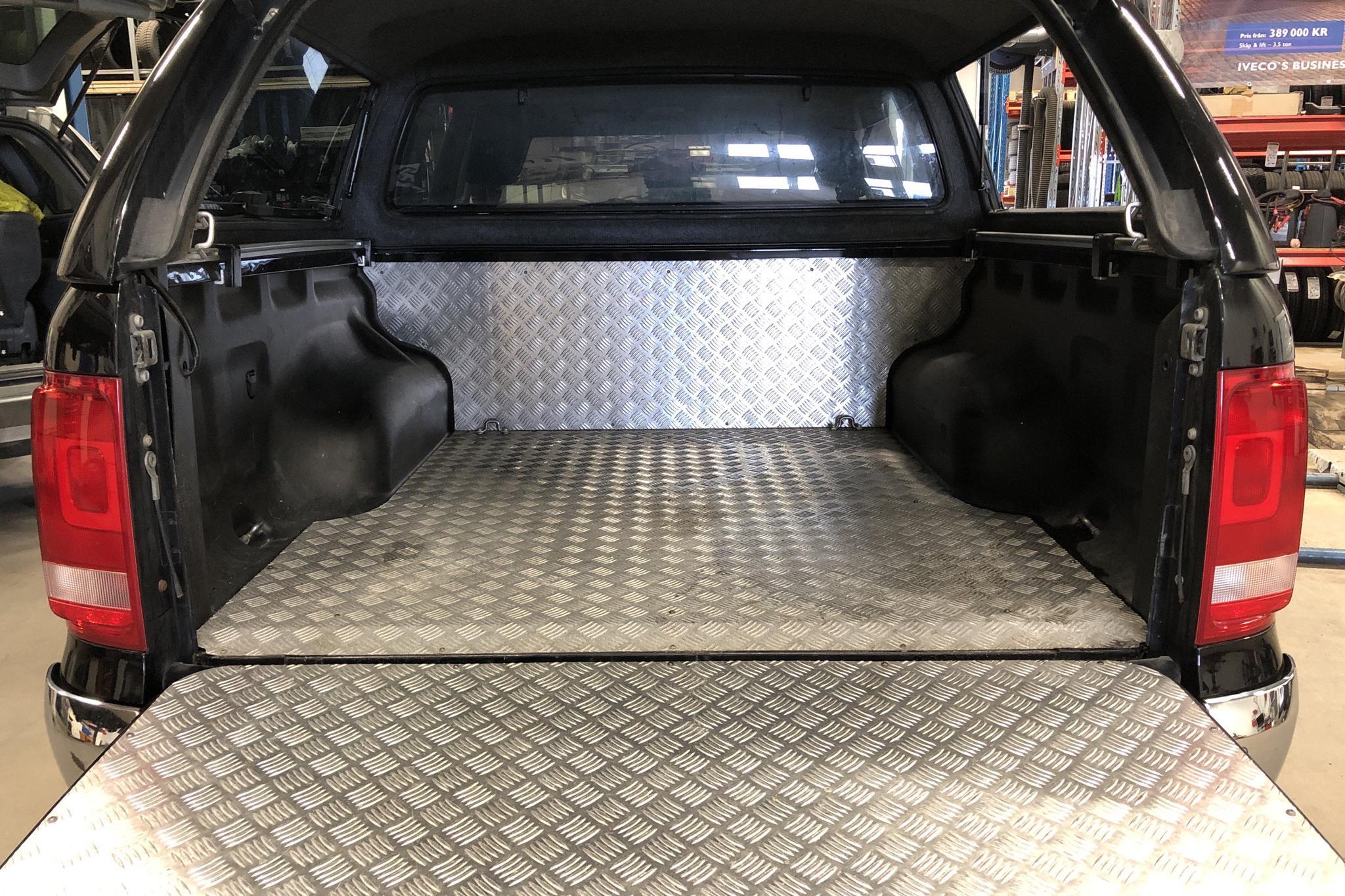 VW Amarok 2.0 TDI 4motion (180hk) - 220 880 km - Automatic - black - 2014