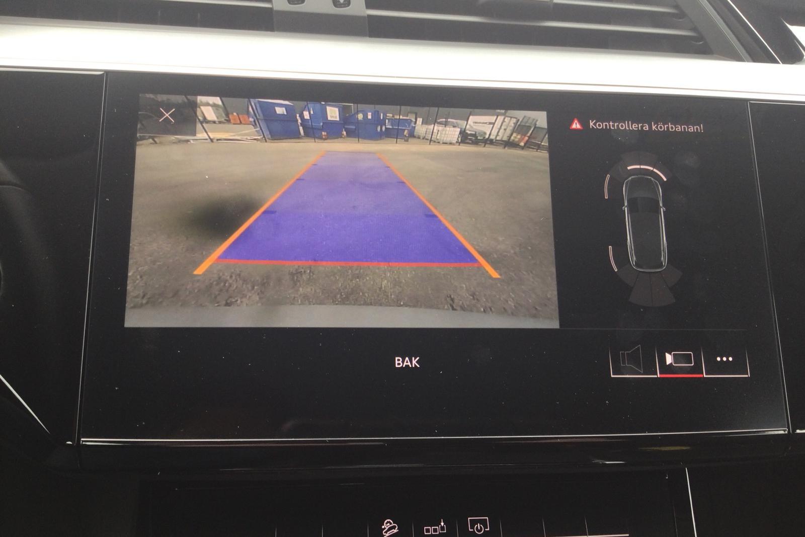 Audi e-tron 50 quattro 71 kWh (288hk) - 1 205 mil - Automat - silver - 2020