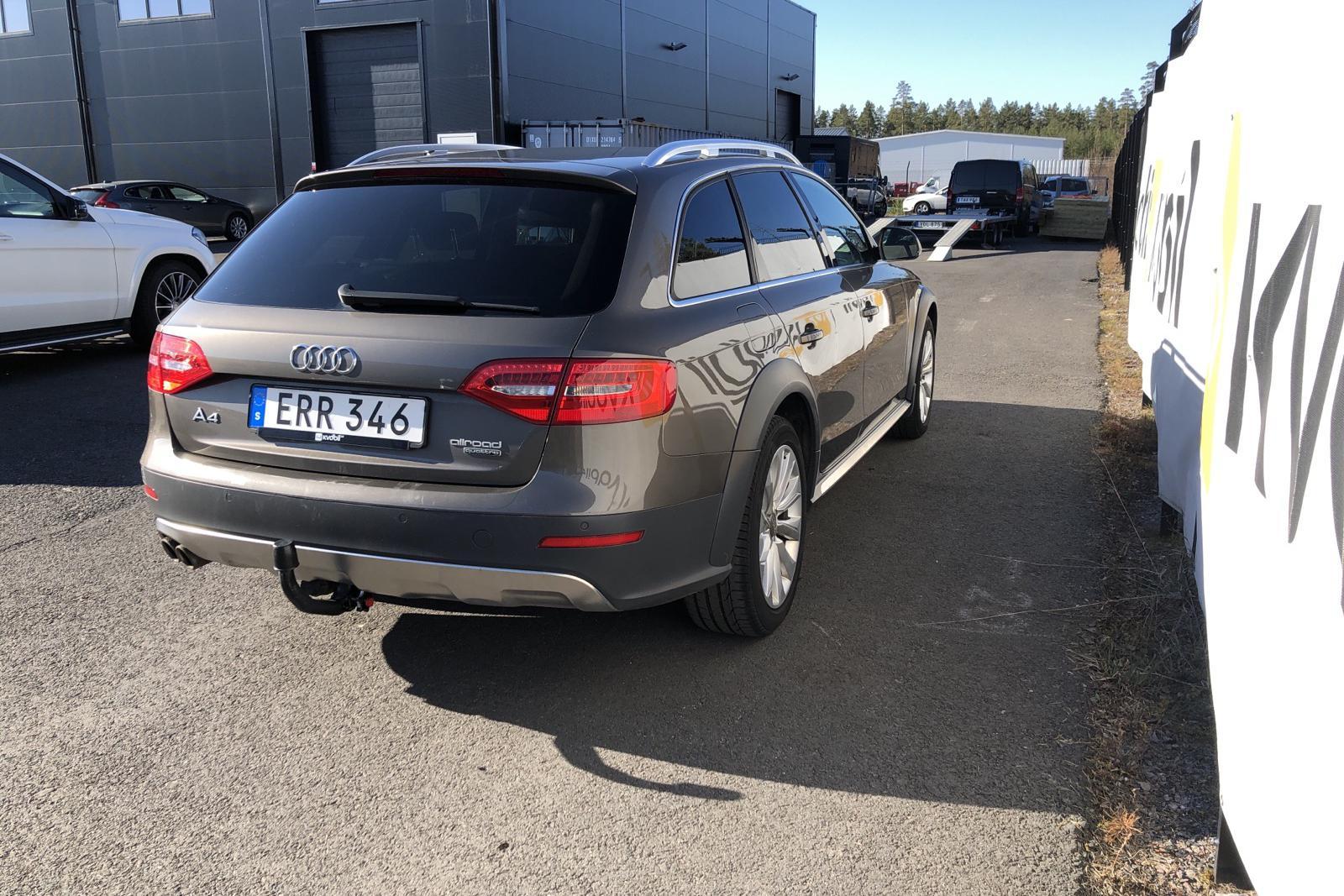 Audi A4 Allroad 2.0 TDI Avant quattro (150hk) - 152 040 km - Manual - gray - 2015