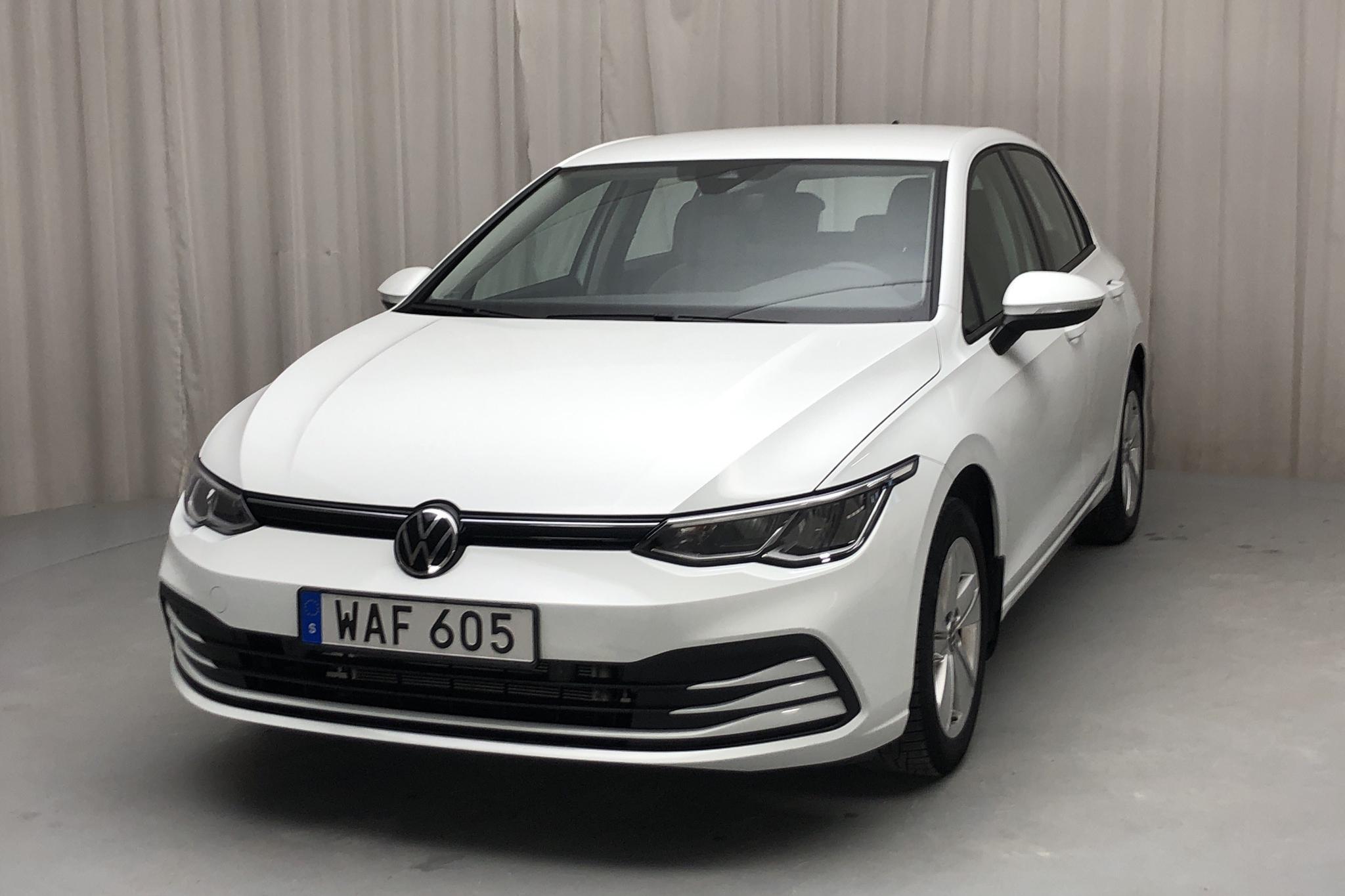 VW Golf VIII 1.0 TSI 5dr (110hk)