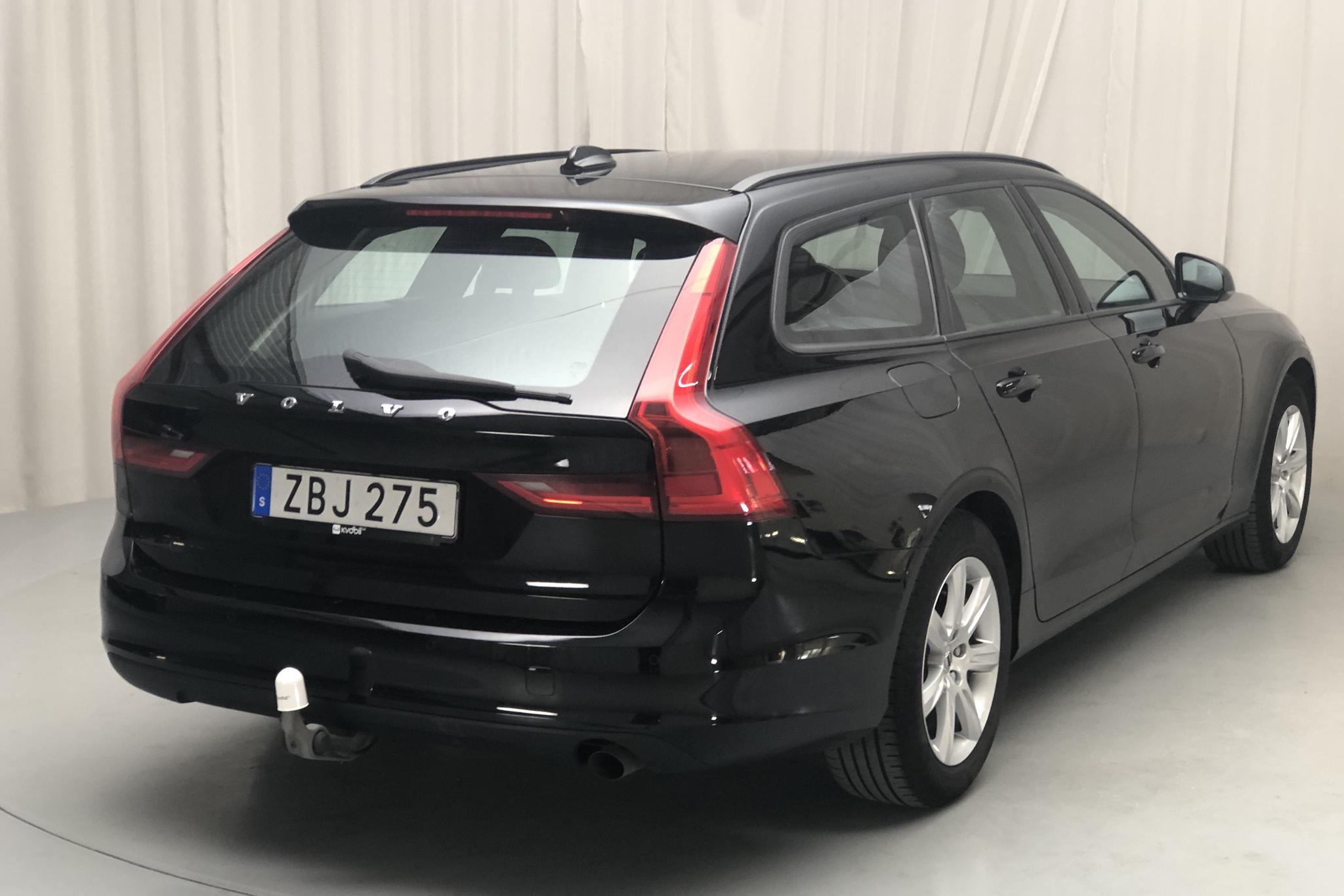 Volvo V90 D3 (150hk) - 9 995 mil - Automat - svart - 2018