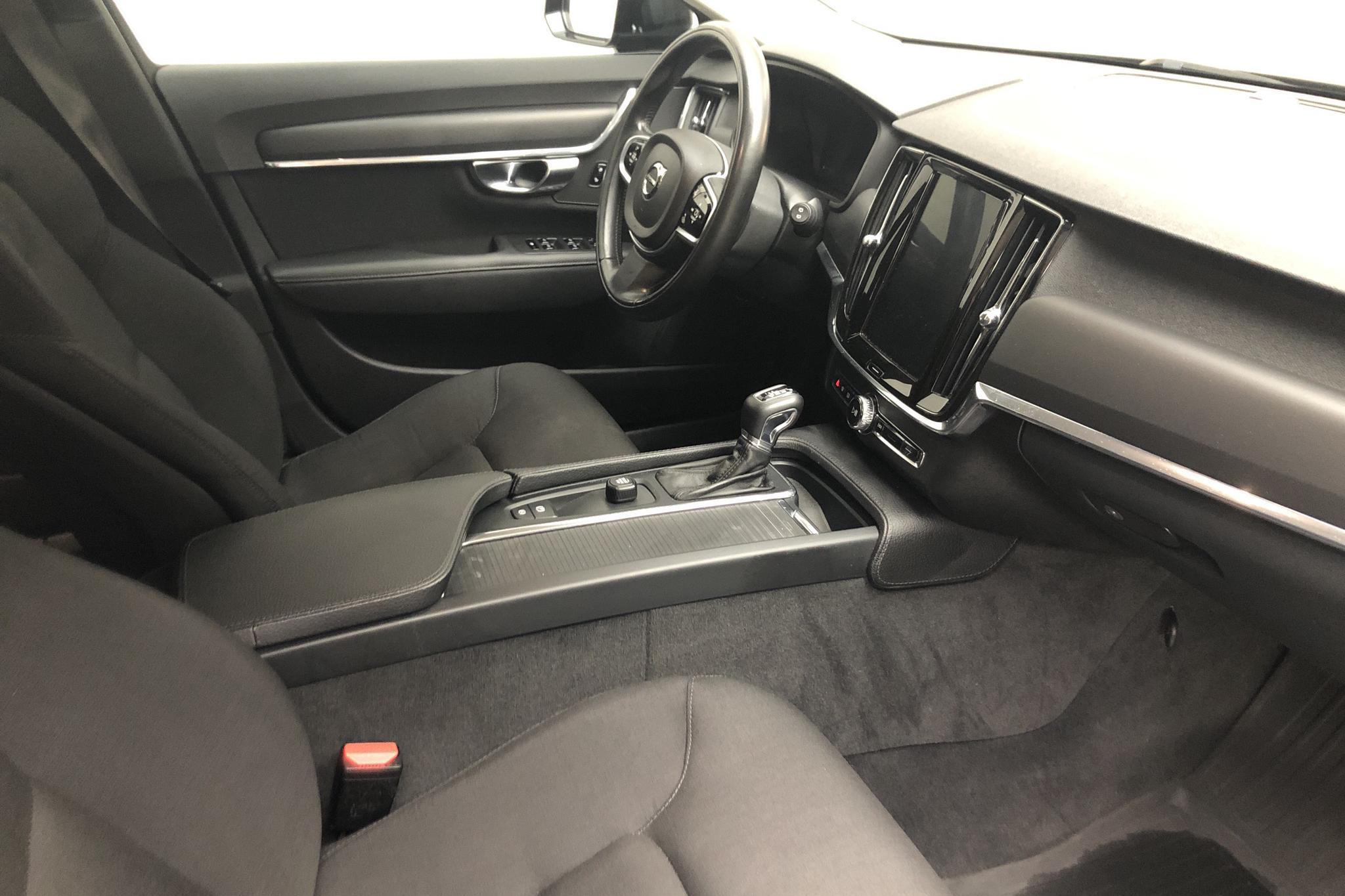 Volvo V90 D3 (150hk) - 99 950 km - Automatic - black - 2018