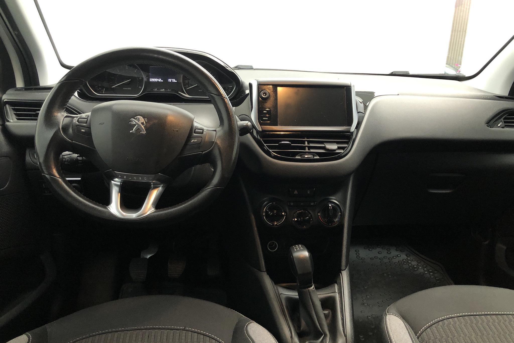 Peugeot 208 BlueHDi 5dr (100hk) - 99 930 km - Manual - white - 2016