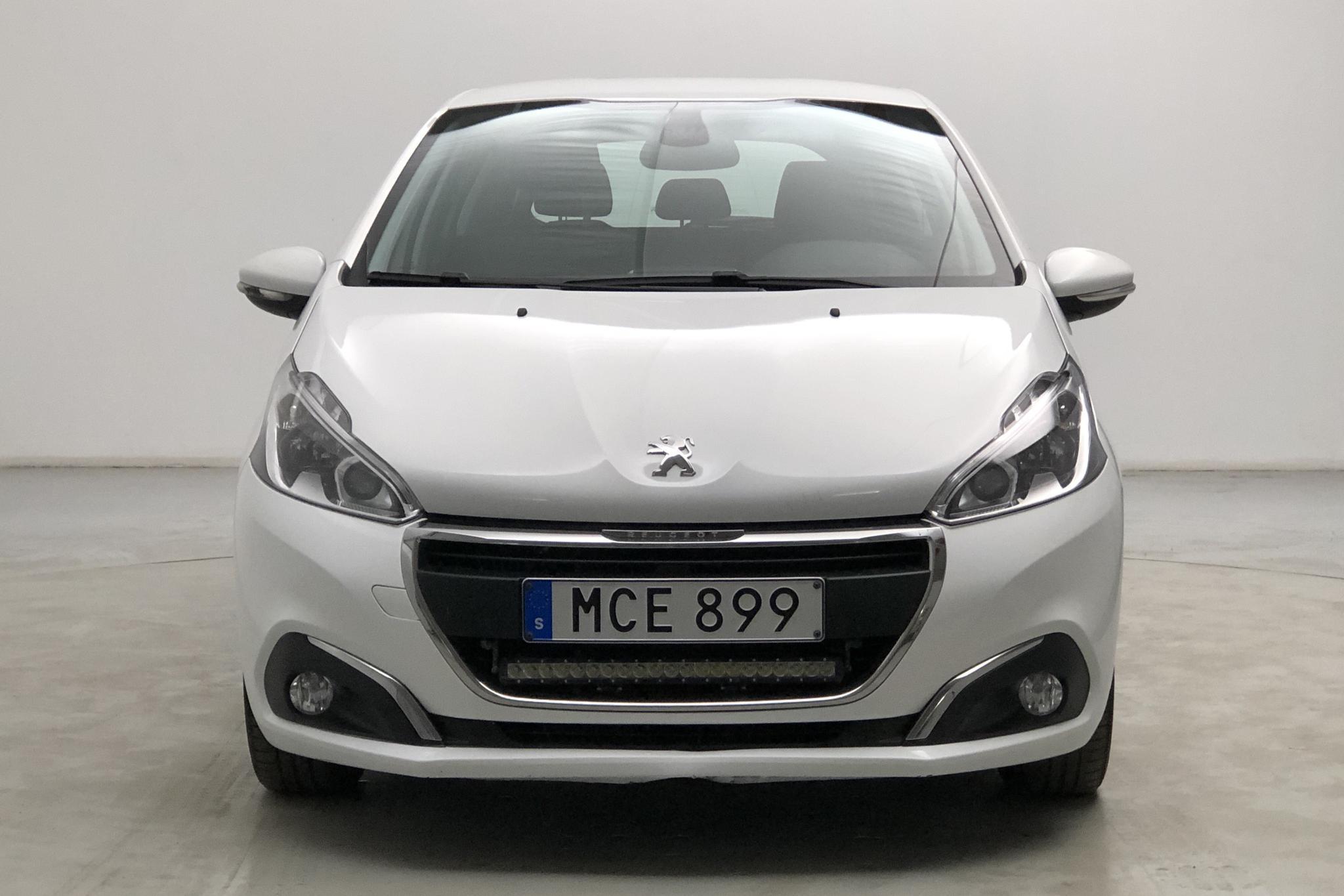 Peugeot 208 BlueHDi 5dr (100hk) - 9 993 mil - Manuell - vit - 2016