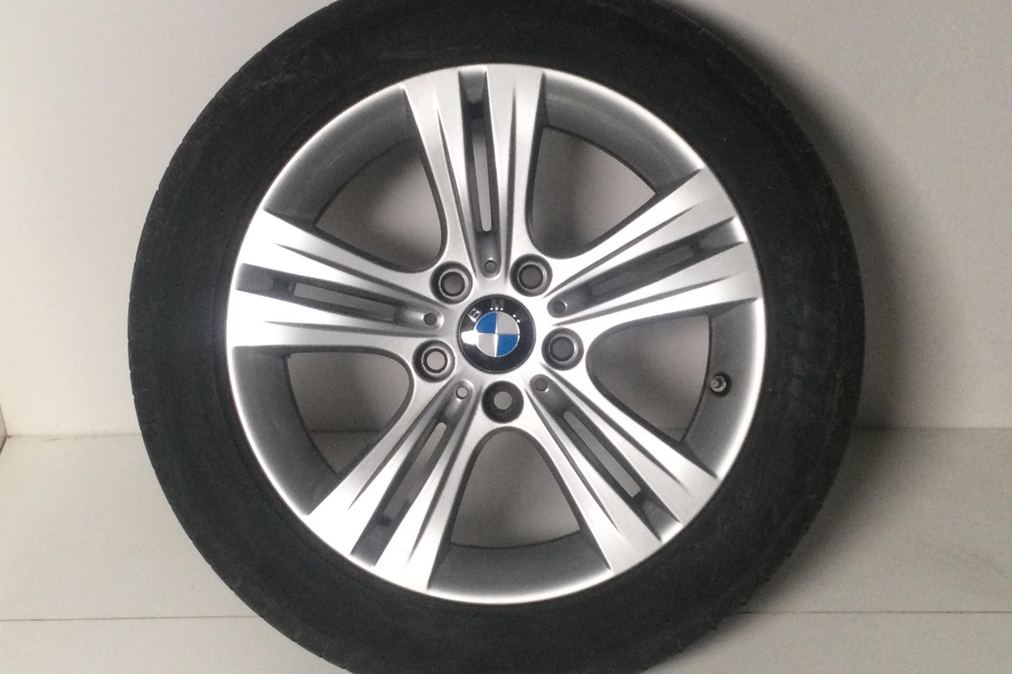 BMW 320d xDrive Touring, F31 (190hk) - 4 867 mil - Manuell - svart - 2017