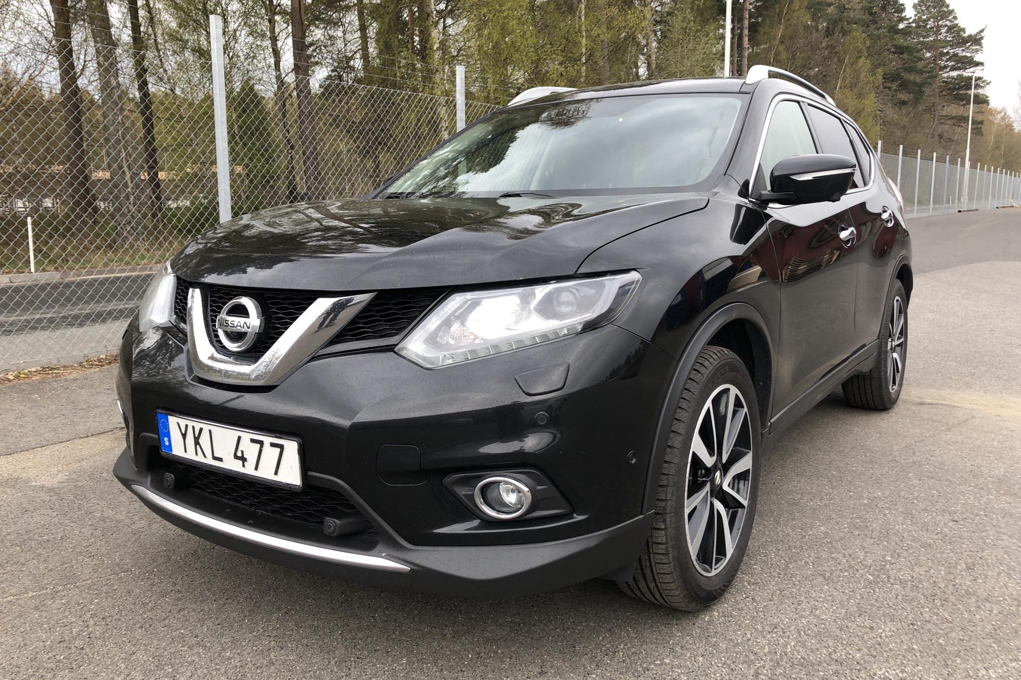 Nissan X-trail 1.6 DIG-T 2WD (163hk) - 20 380 mil - Manuell - svart - 2017