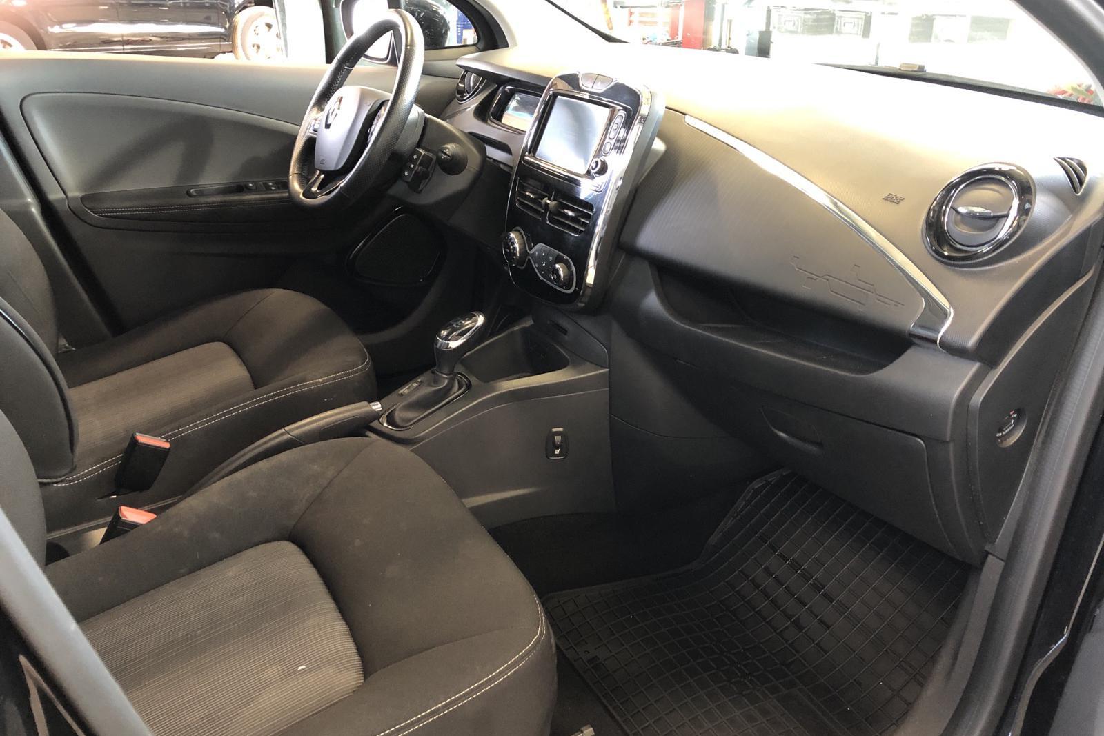 Renault Zoe 41 kWh R110 (108hk) - 6 412 mil - Automat - svart - 2019