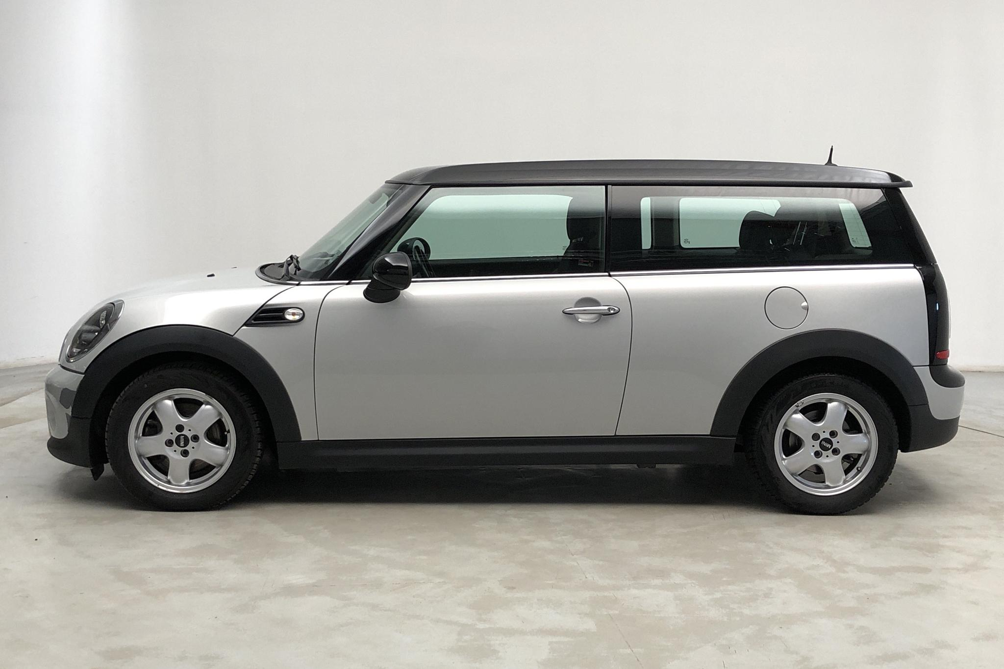 MINI Cooper D 1.6 Clubman (112hk) - 10 106 mil - Manuell - Light Green - 2010
