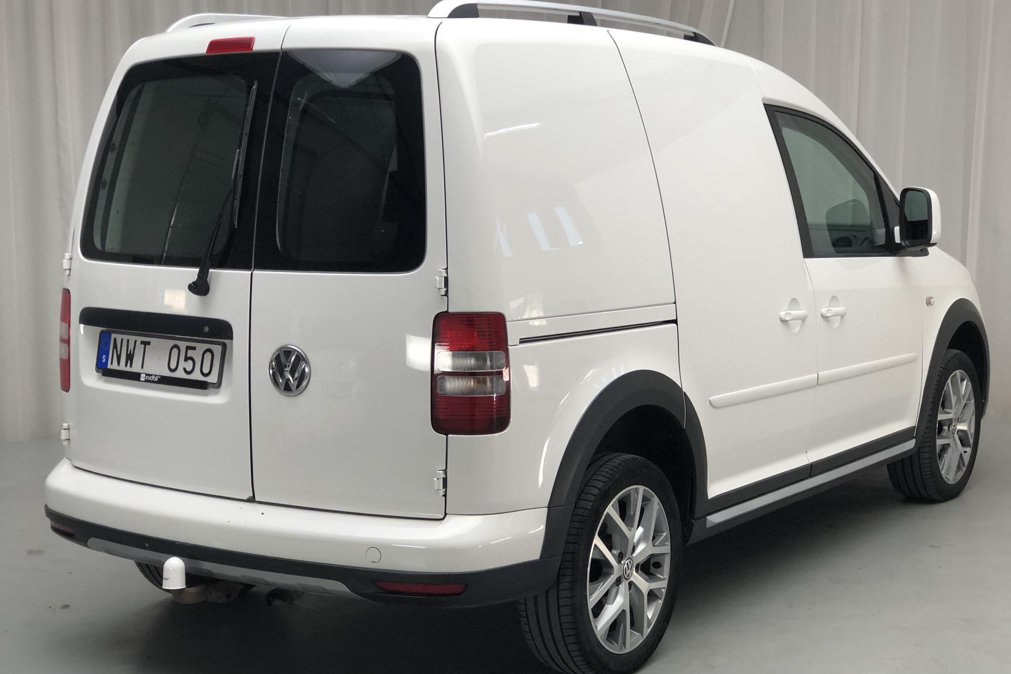 VW Caddy Cross 2.0 TDI Skåp 4-motion (110hk) - 17 448 mil - Manuell - Light Blue - 2014