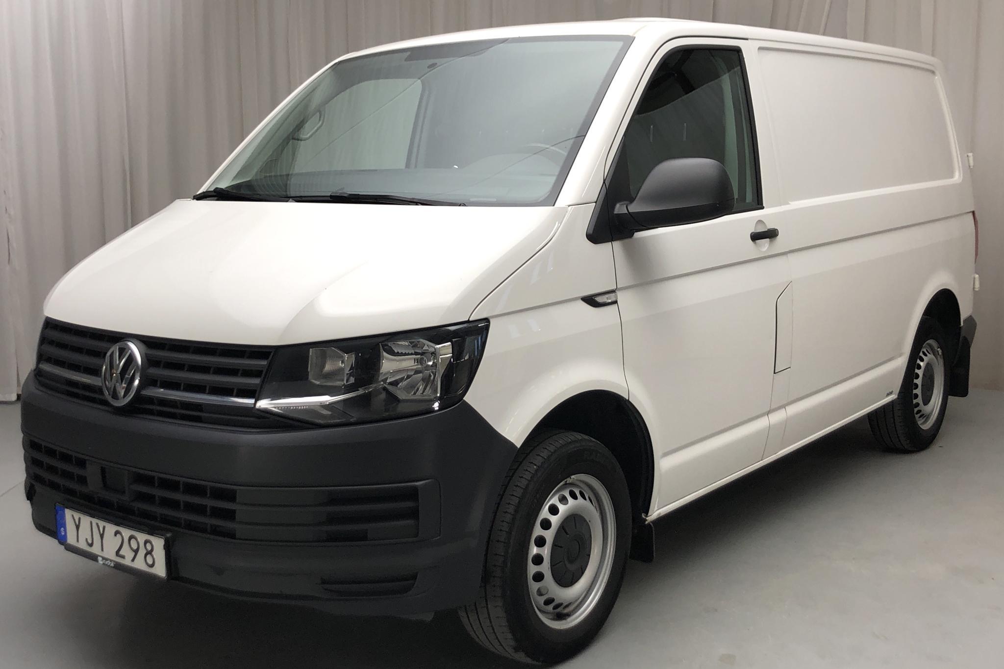 VW Transporter T6 2.0 TDI BMT Skåp (102hk) - 214 340 km - Manual - white - 2017