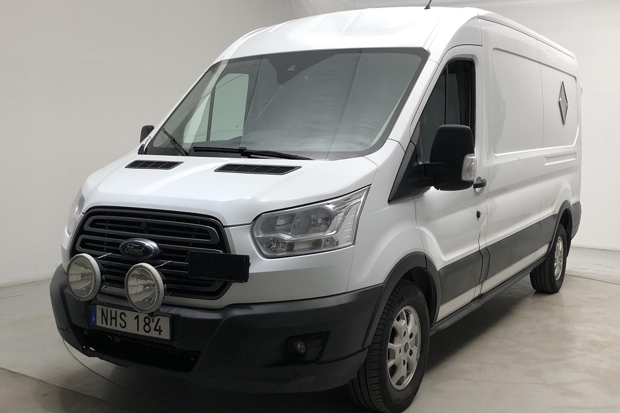 Ford Transit 350 2.2 TDCi Skåp AWD (125hk) - 19 325 mil - Manuell - vit - 2016