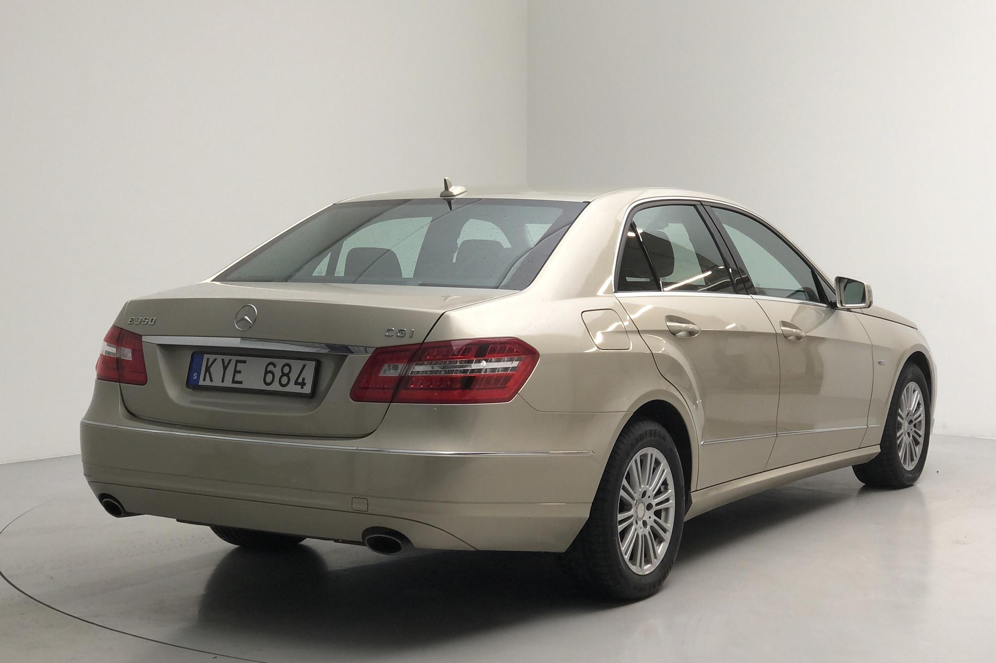 Mercedes E 350 W212 (292hk) - 12 682 mil - Automat - Light Brown - 2011