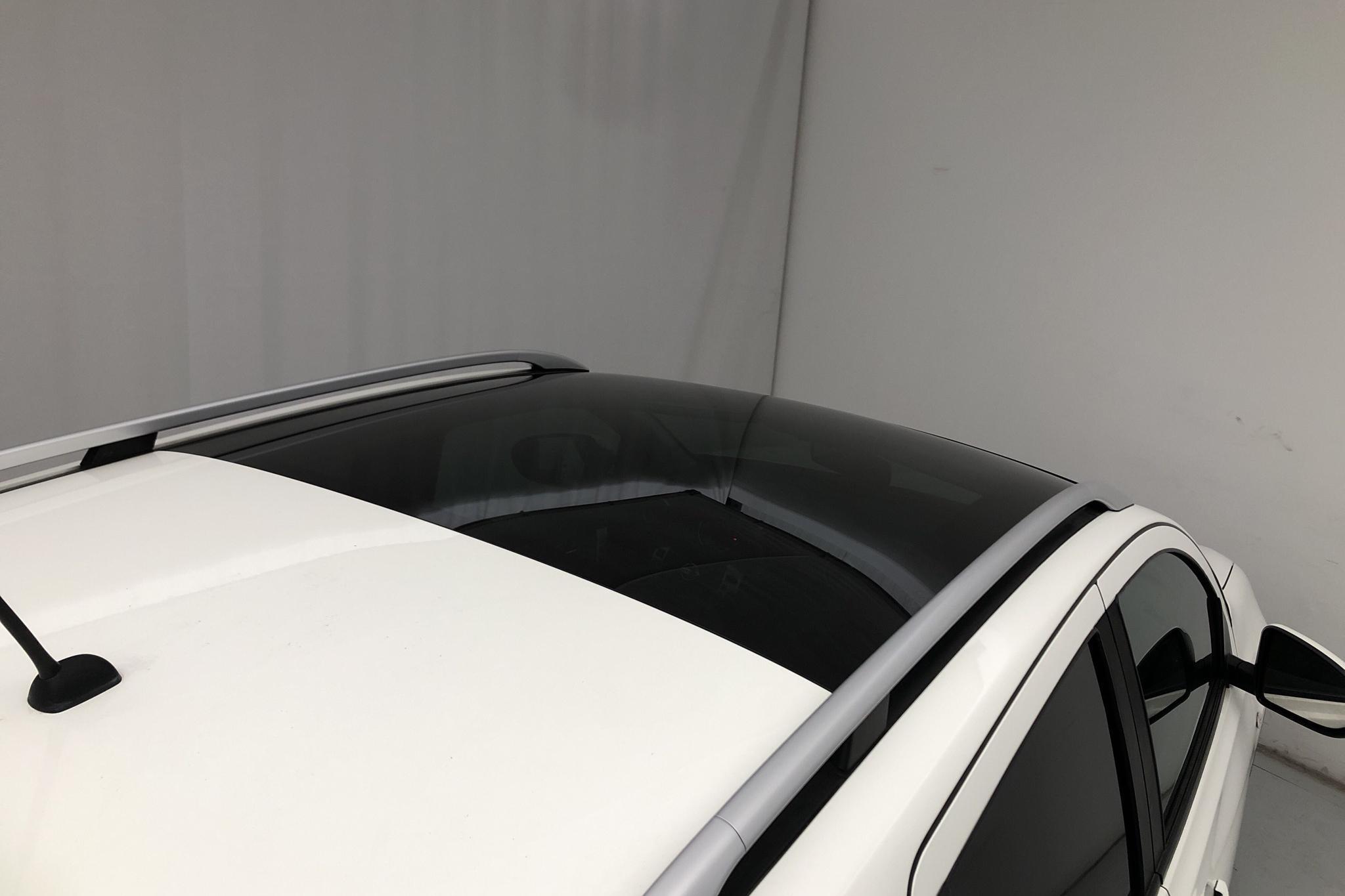 Nissan Qashqai 1.6 dCi (130hk) - 11 670 mil - Manuell - vit - 2014