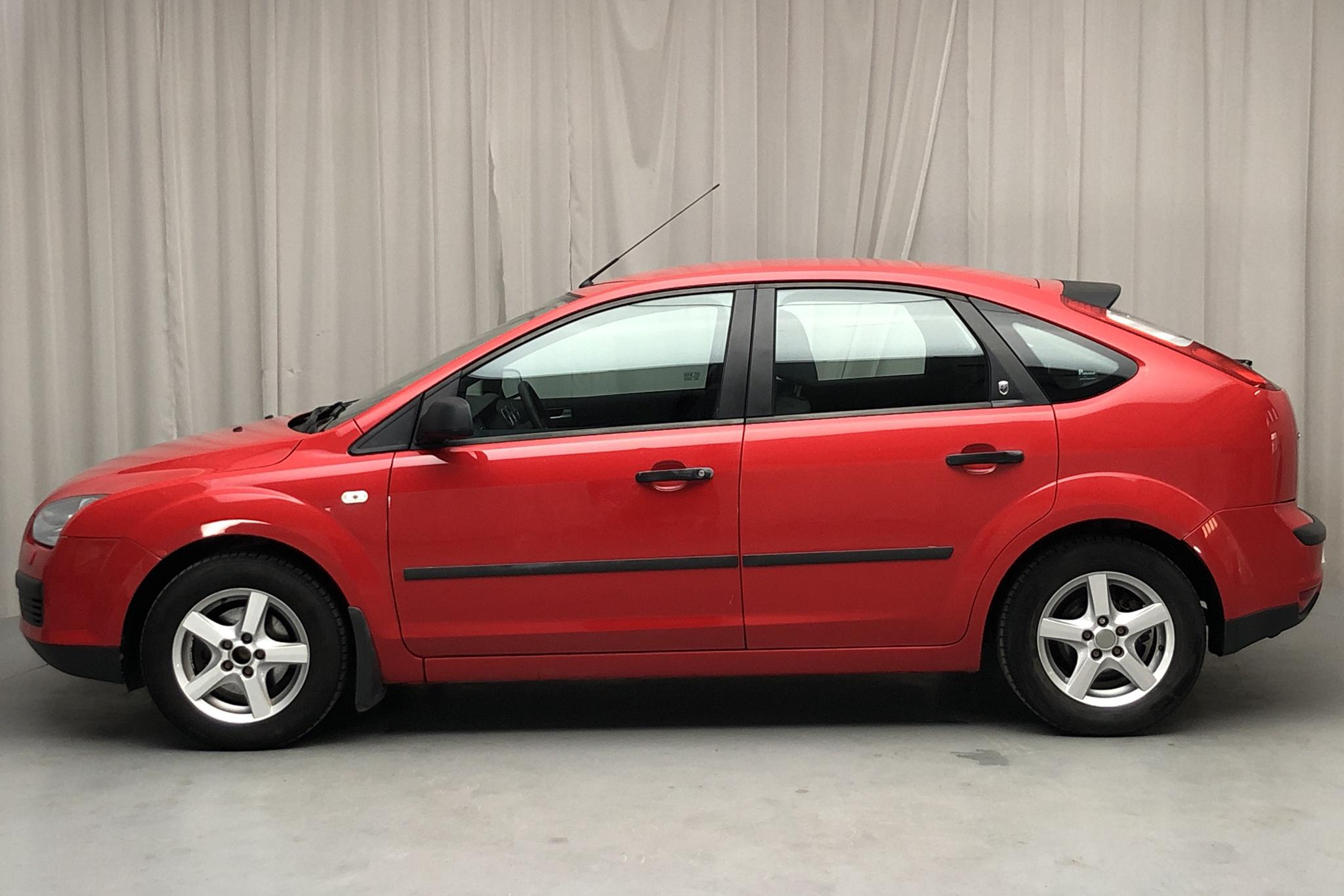 Ford Focus 1.8 Flexifuel 5dr (125hk) - 147 010 km - Manual - red - 2006