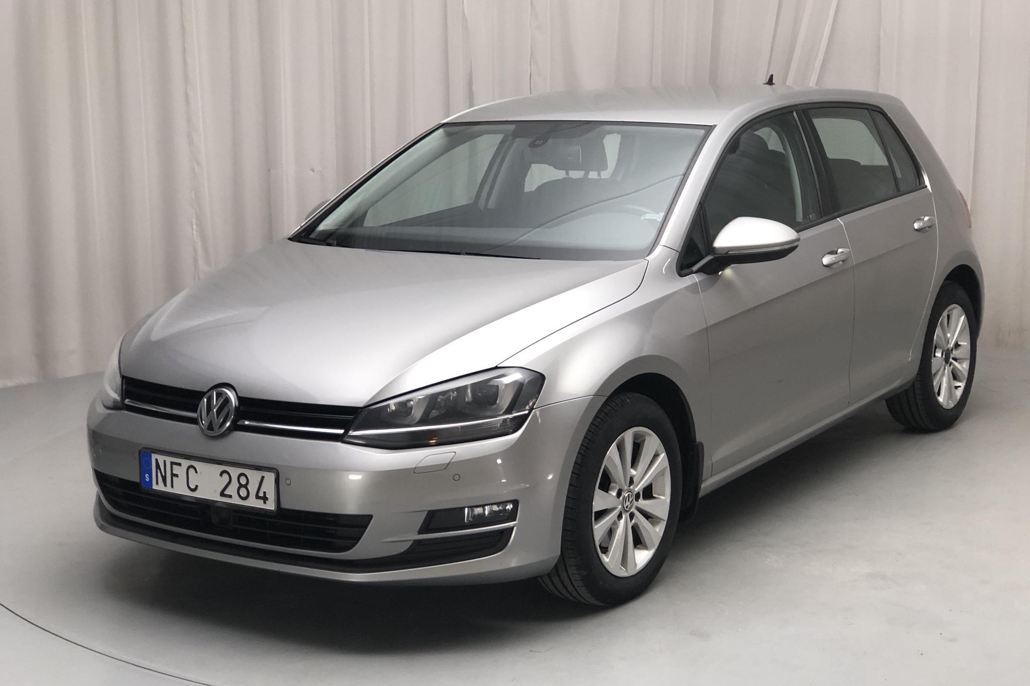 VW Golf VII 1.6 TDI BlueMotion Technology 5dr (105hk) - 25 236 mil - Manuell - silver - 2013