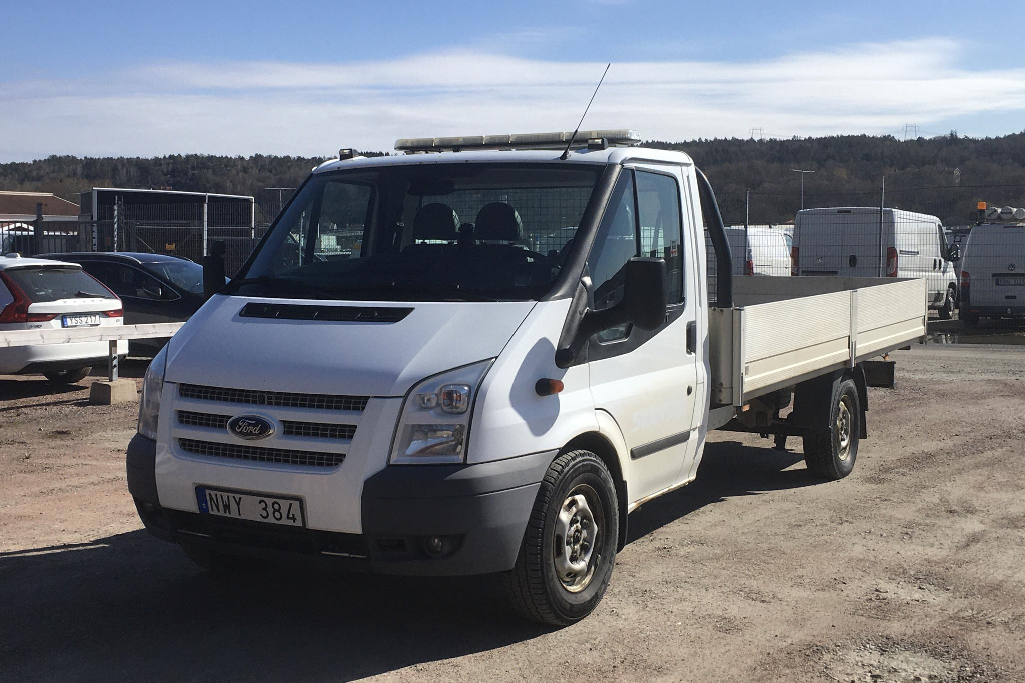 Ford Transit 350 2.2 TDCi Pickup (140hk) - 163 850 km - Manual - white - 2013