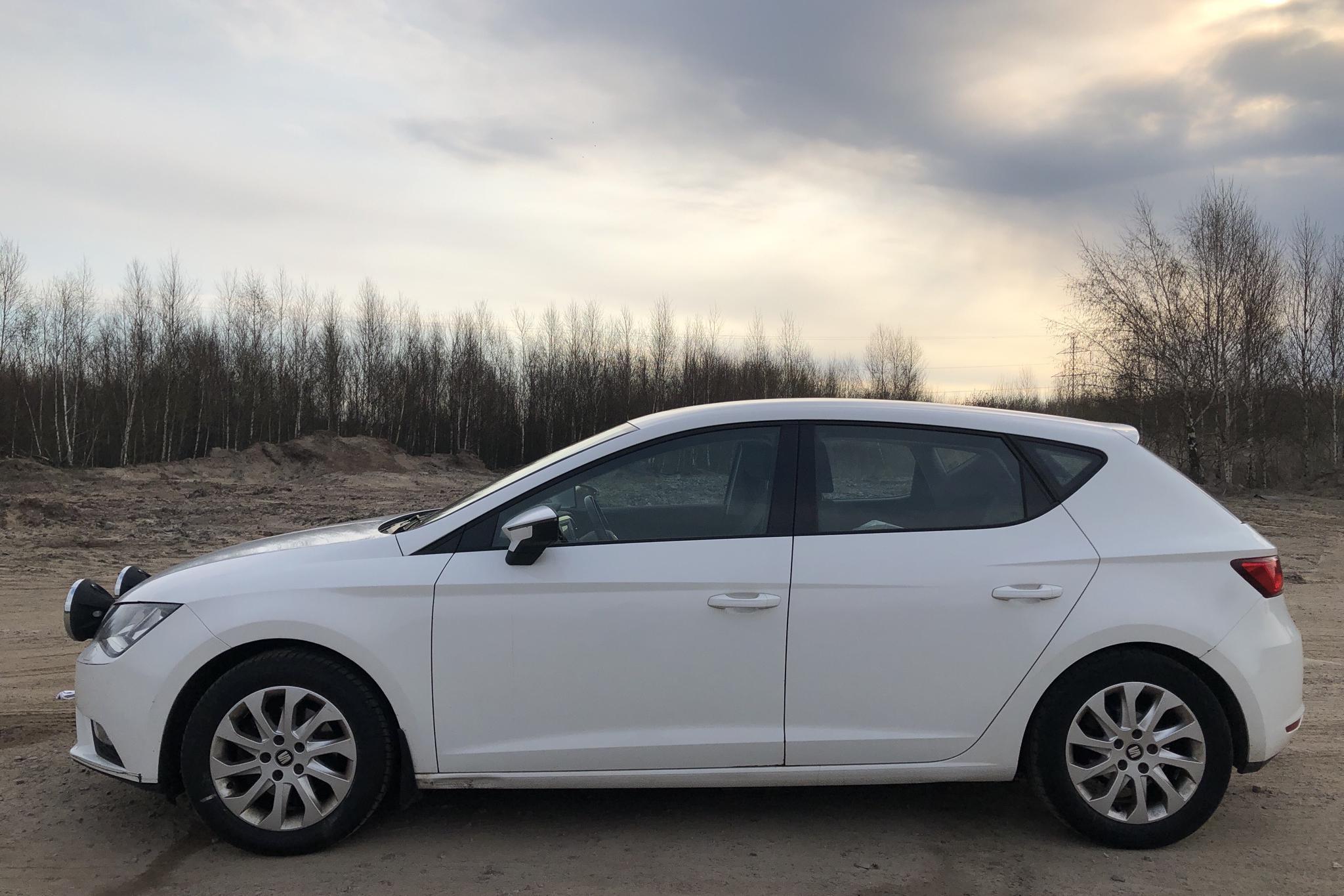 Seat Leon 1.4 TGI 5dr (110hk) - 181 170 km - Manual - white - 2016