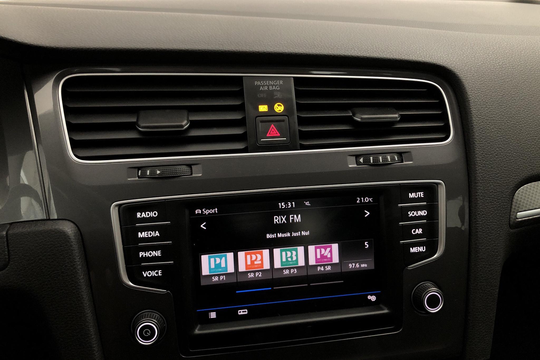 VW Golf Alltrack 1.8 TSI Sportscombi 4Motion (180hk) - 9 797 mil - Automat - röd - 2017