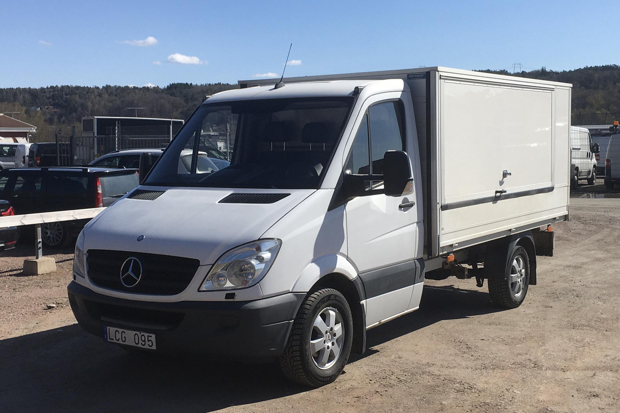 Mercedes Sprinter 316 CDI Pickup/Chassi (163hk) - 220 440 km - Manual - white - 2011