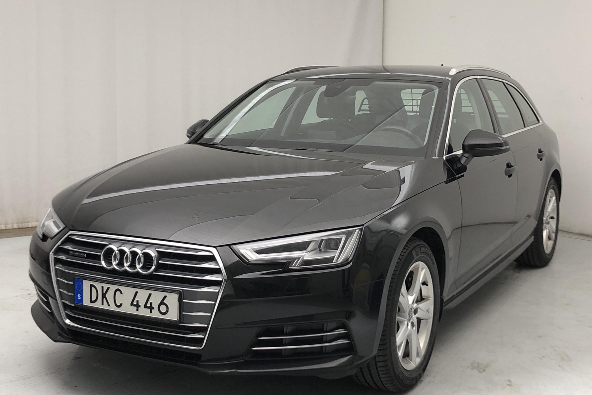 Audi A4 2.0 TDI Avant quattro (190hk) - 126 670 km - Manual - black - 2018