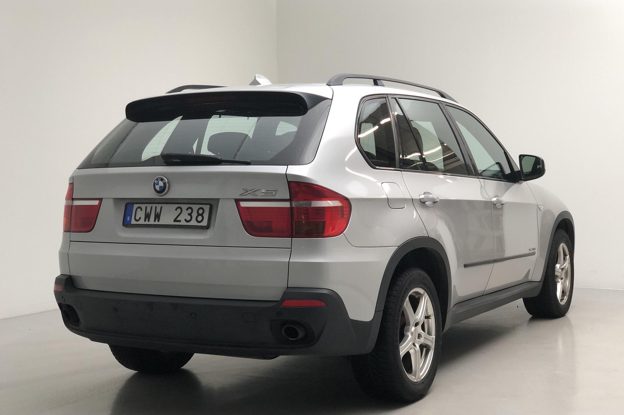 BMW X5 xDrive3.0dA, E70 (235hk) - 238 390 km - Automatic - gray - 2009