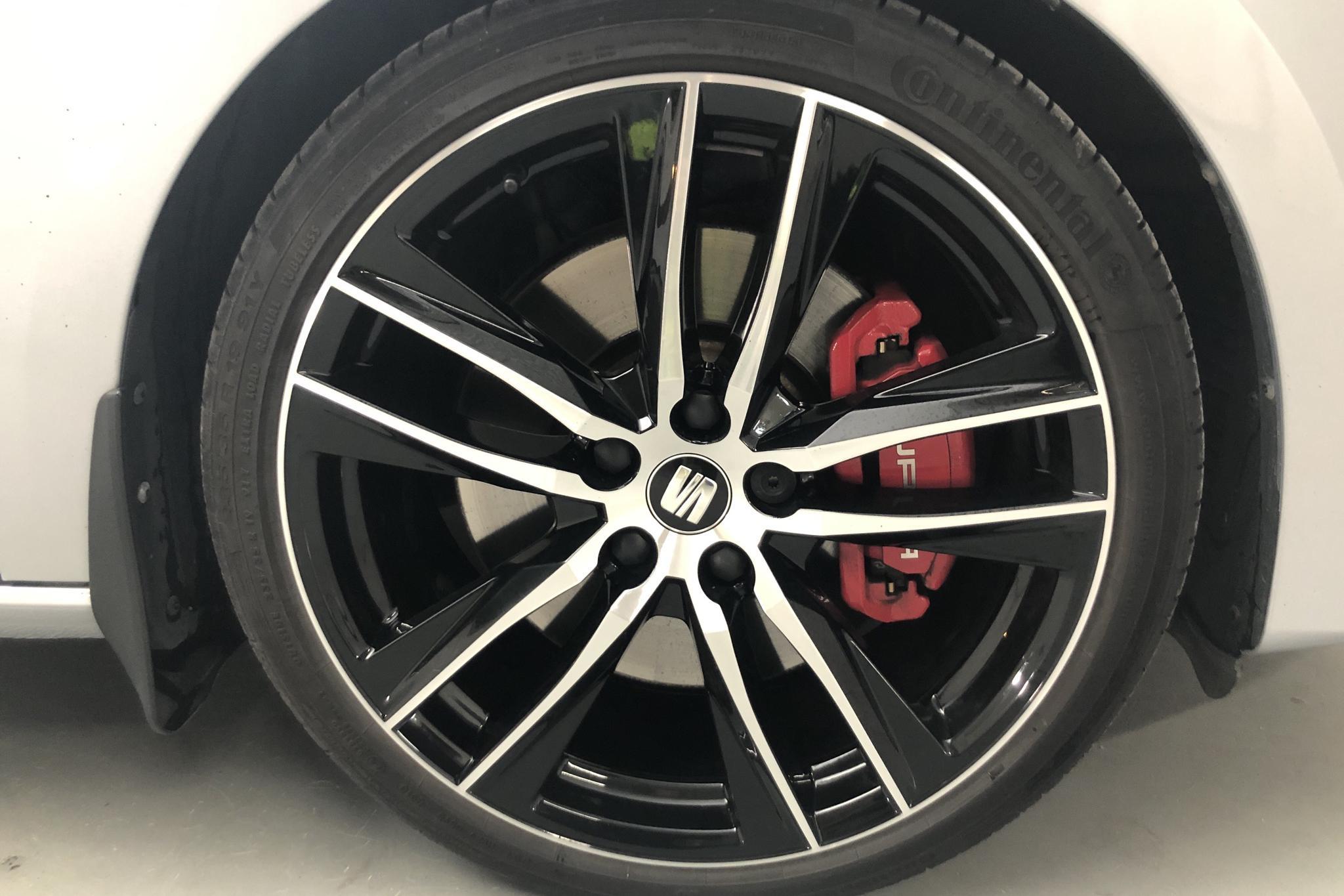 Seat Leon 2.0 TSI Cupra ST 4Drive (300hk) - 27 330 km - Automatic - silver - 2018