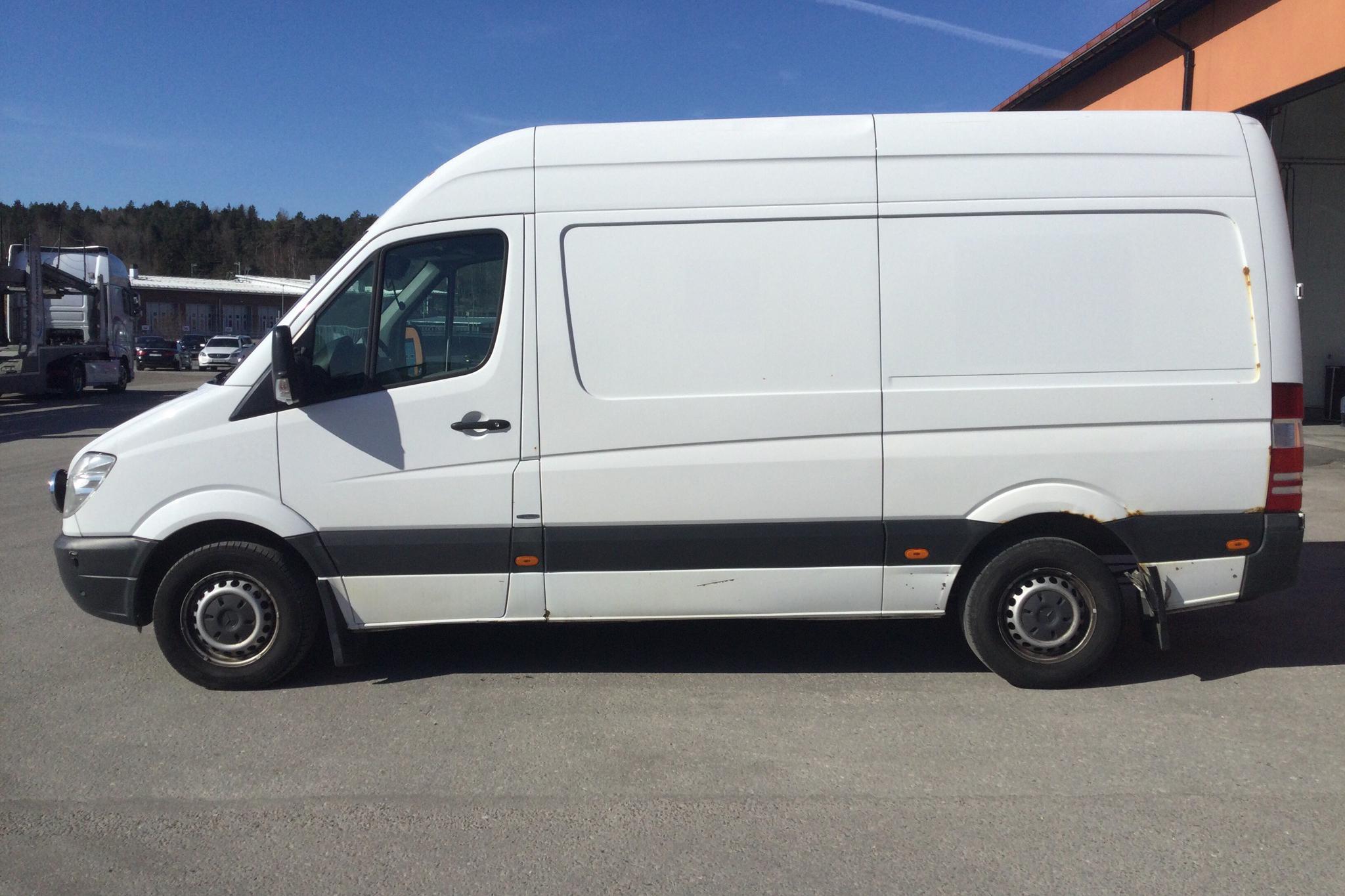 Mercedes Sprinter 316 CDI (163hk) - 550 130 km - Automatic - white - 2013